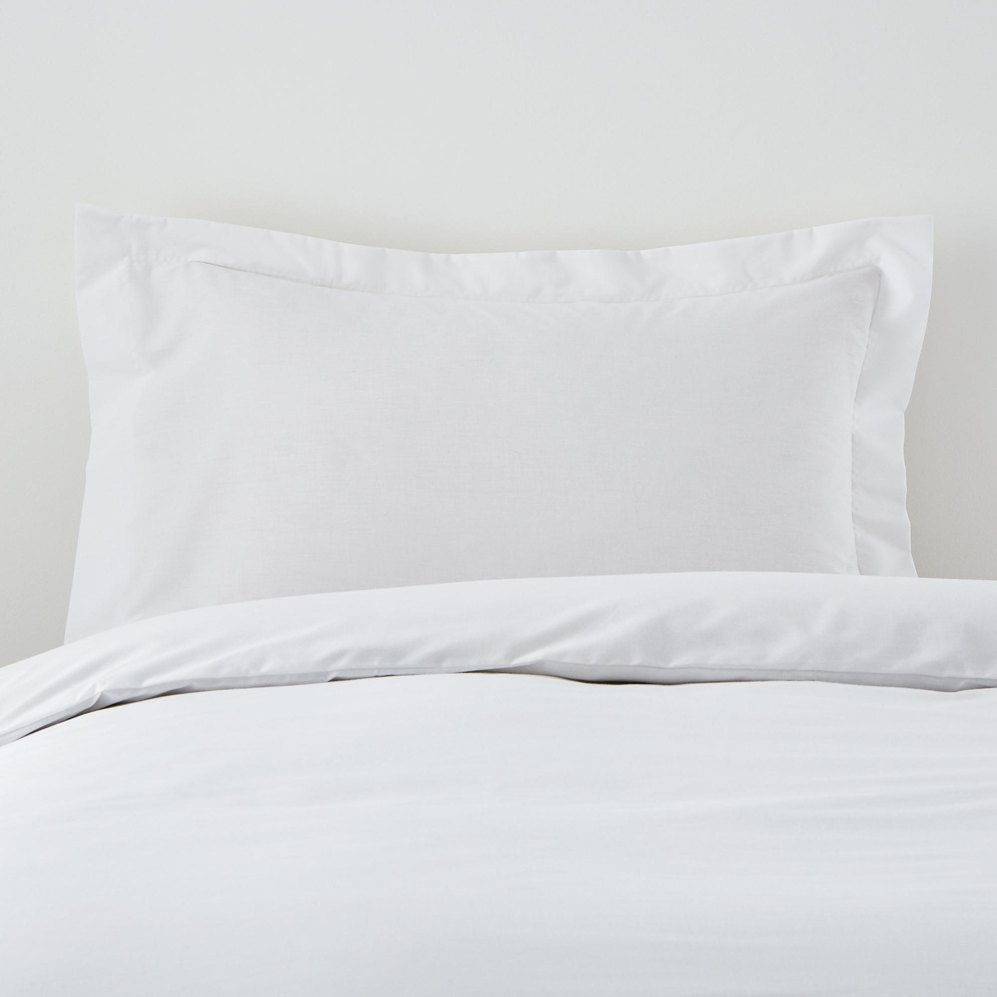Non Iron Plain Dye Collection Oxford Pillowcase