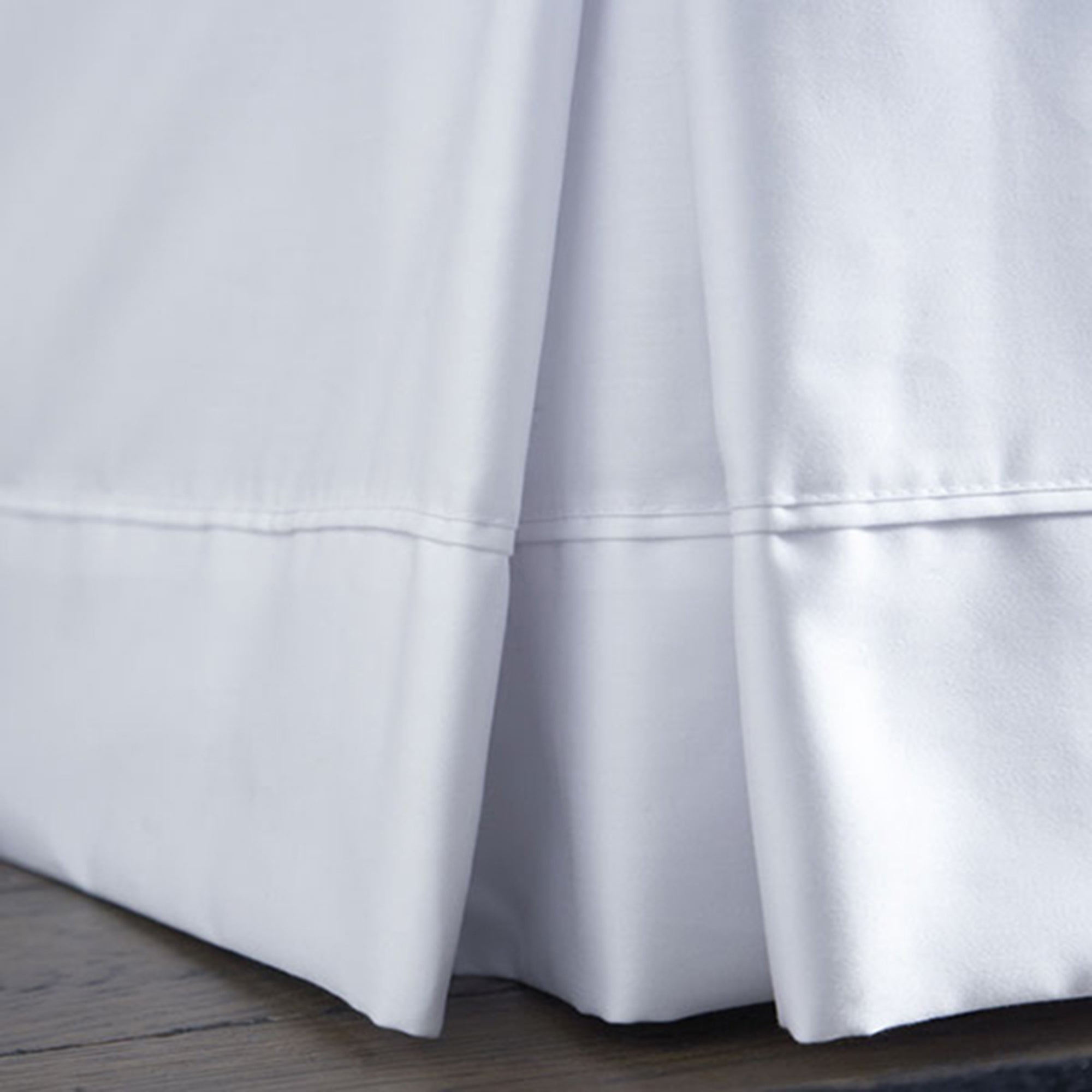 Dorma 350 Thread Count Plain Dye Collection Valance