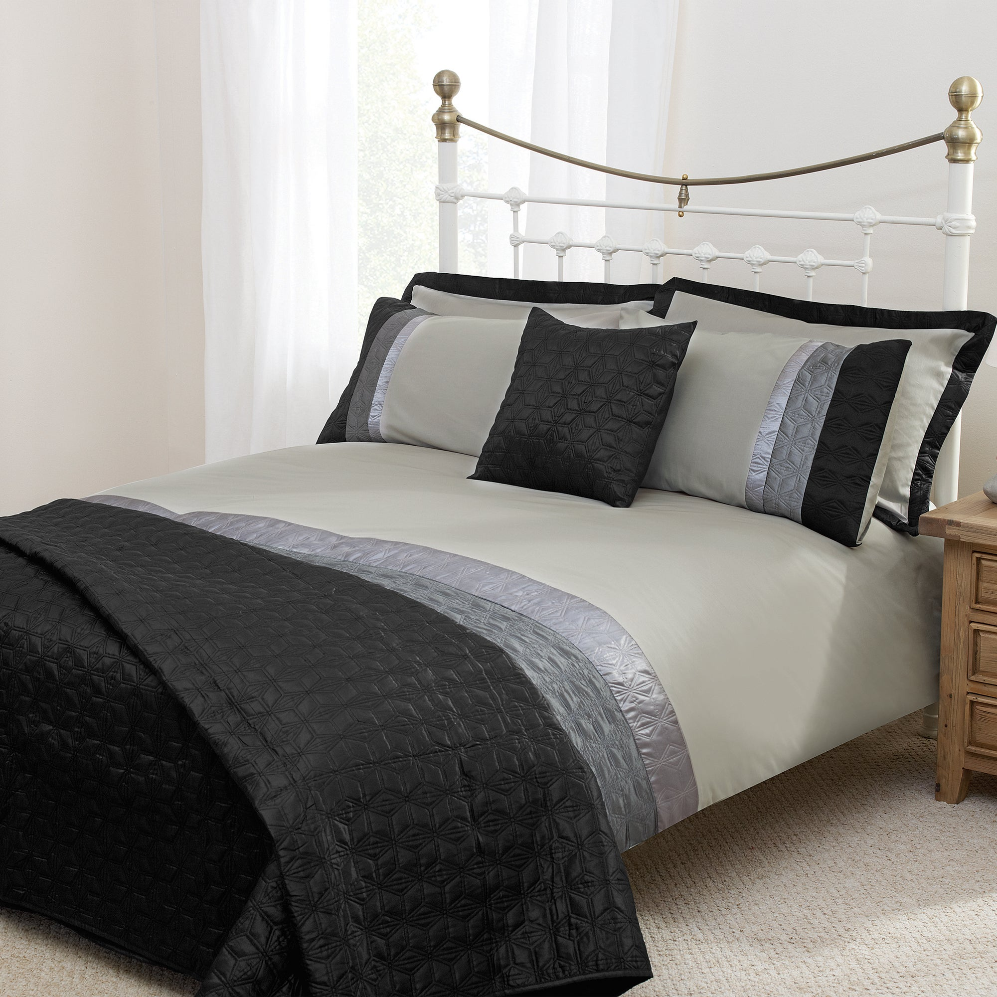 Black Quilted Star Collection Bedspread
