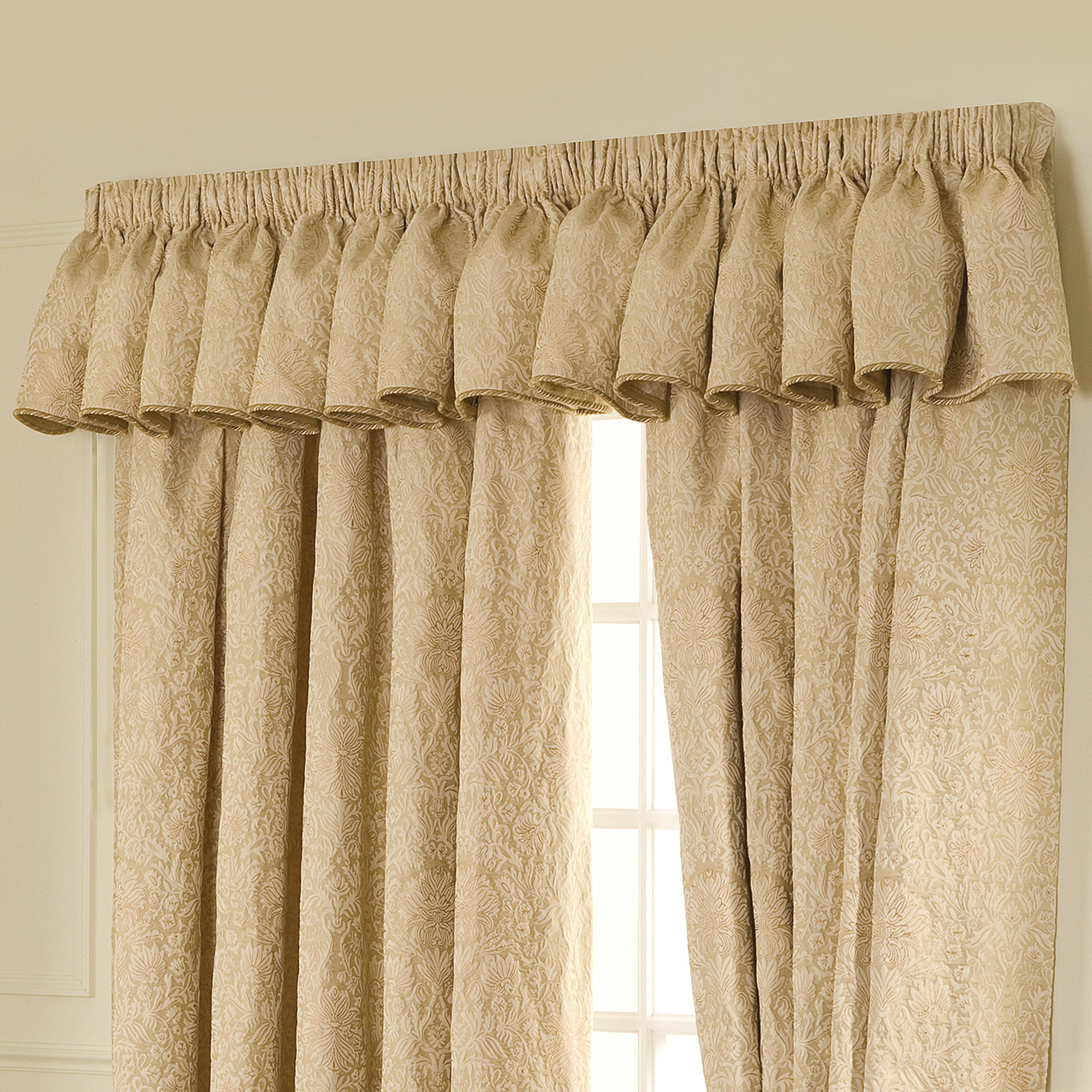 Gold Kensington Collection Pelmet
