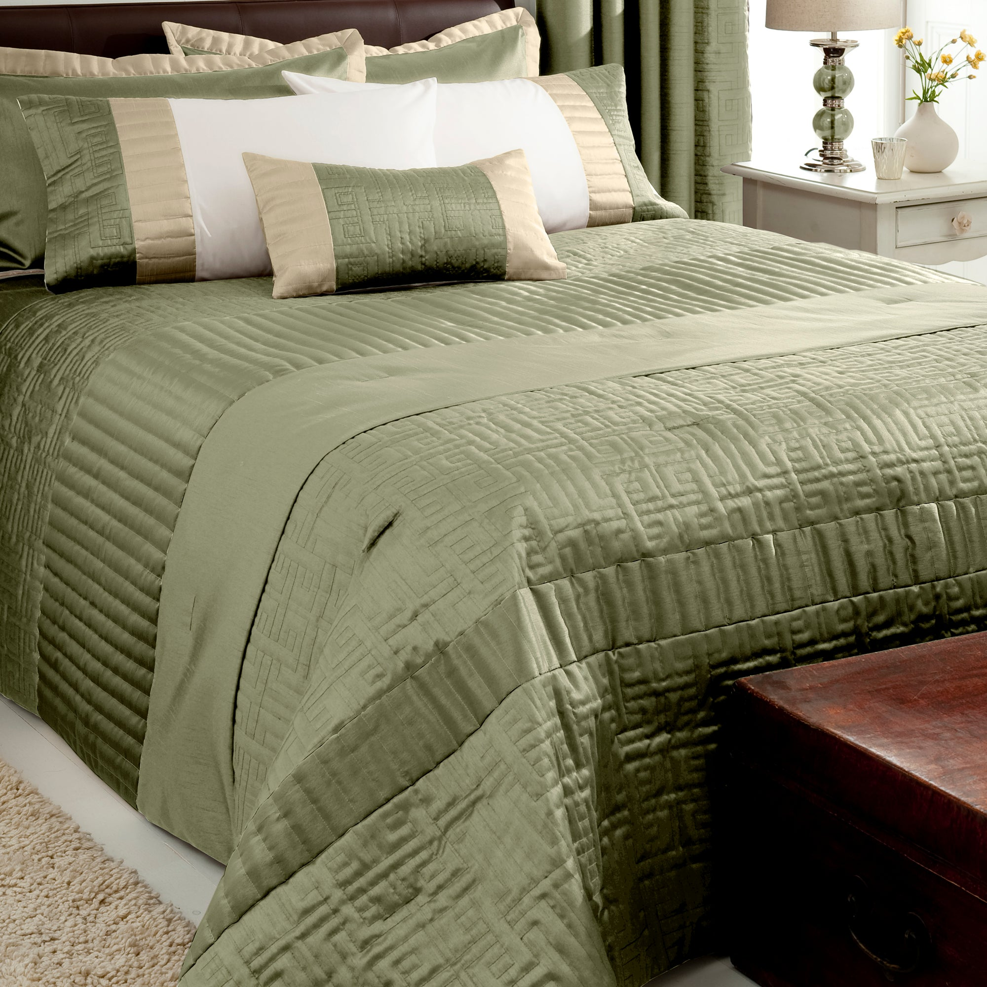 Green Athens Collection Bedspread