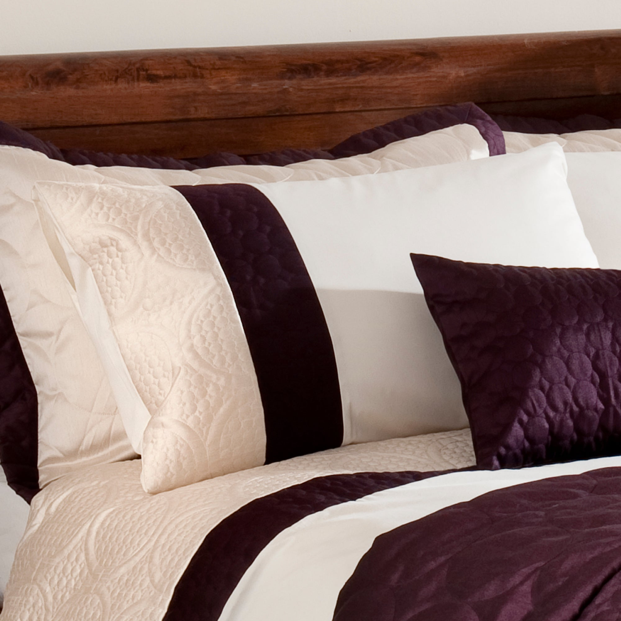 Plum Circles Collection Housewife Pillowcase