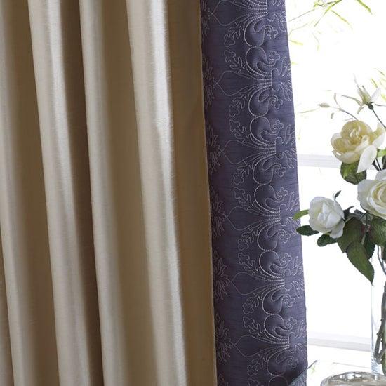 Charcoal Fleur De Lys Bedlinen Collection