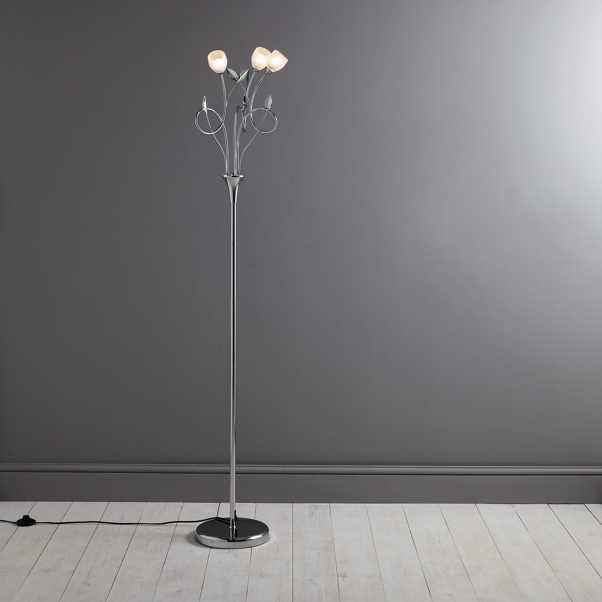 Swirl 3 Light Floor Lamp