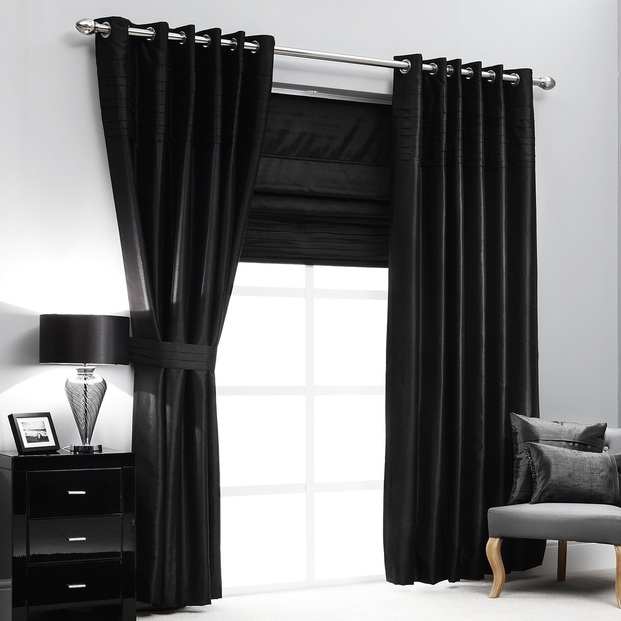 Hotel Black Pintuck Lined Eyelet Curtains