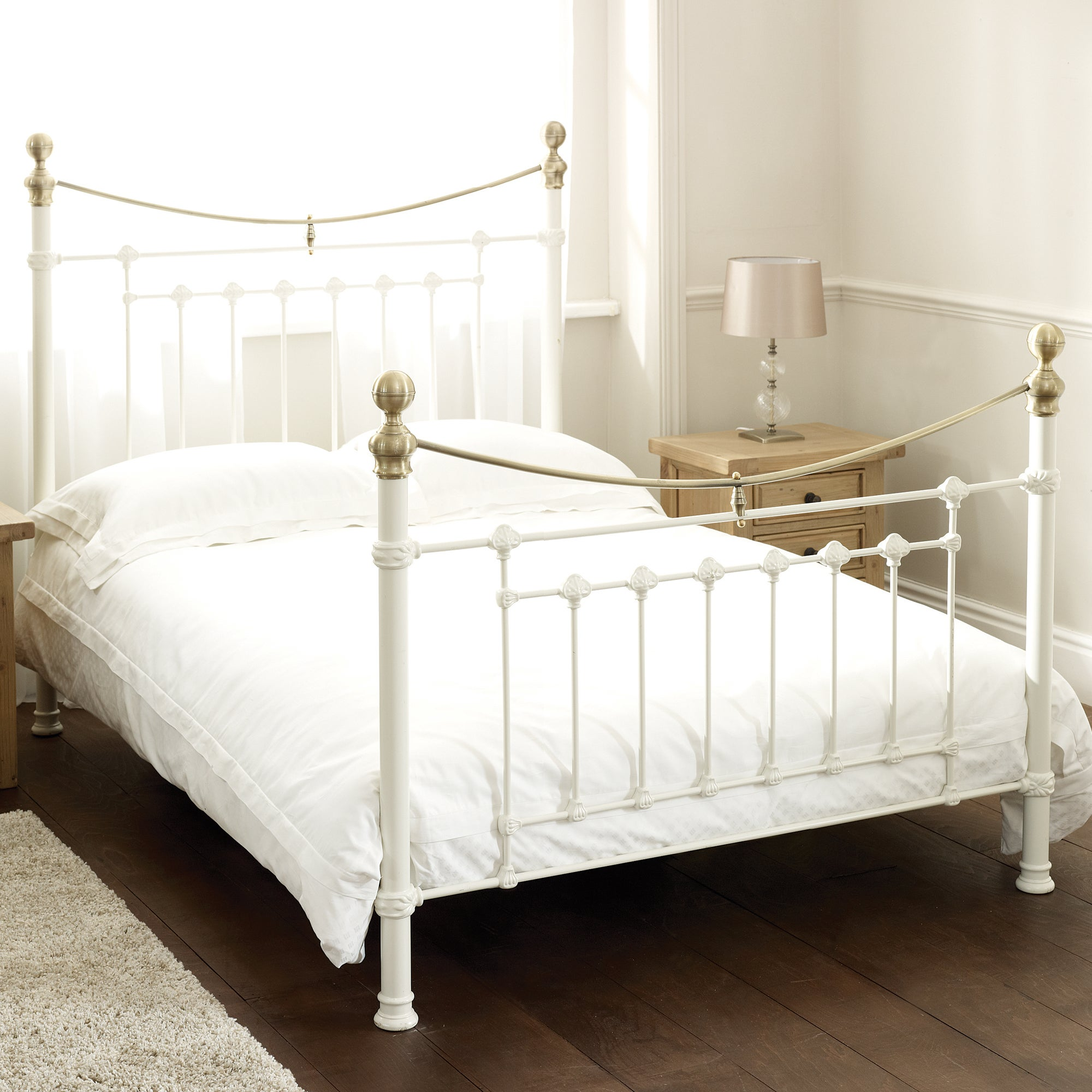 Lilly Metal Bedstead