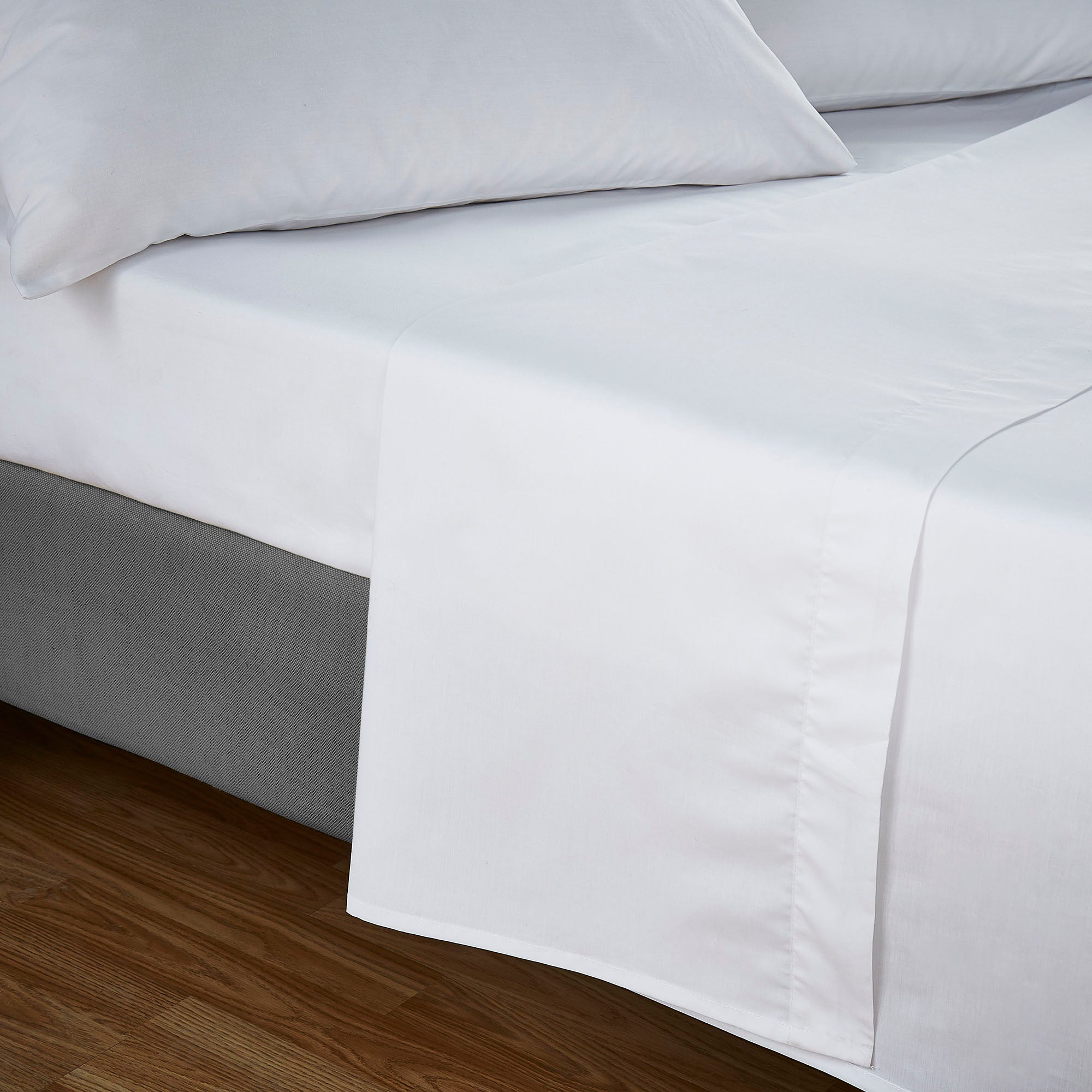 Luxury Non Iron 180 Thread Count Bedlinen Collection Flat Sheet