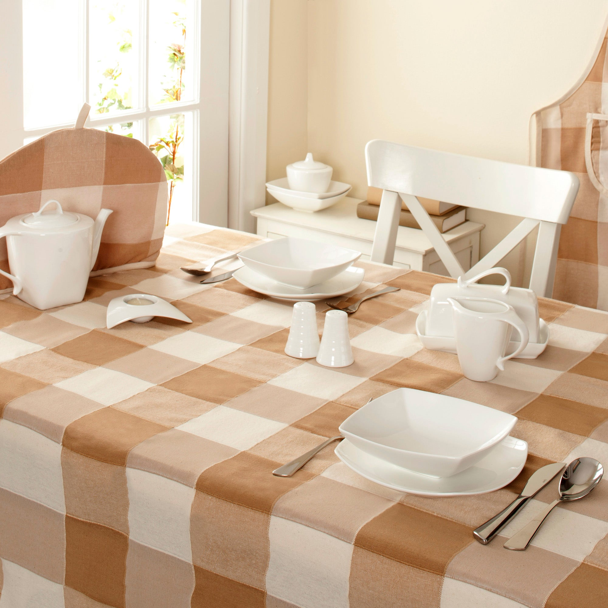 Malaga Collection Tablecloth