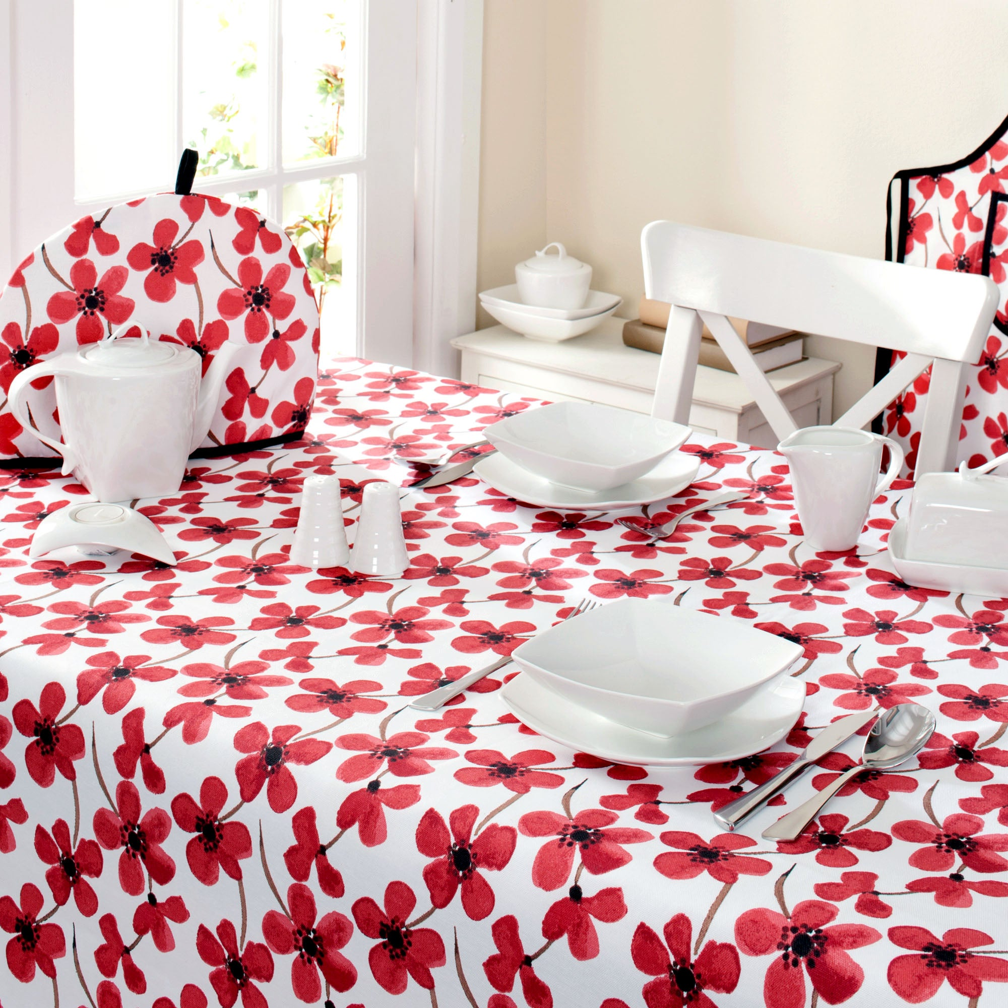 Red Painted Poppy Collection Tablecloth