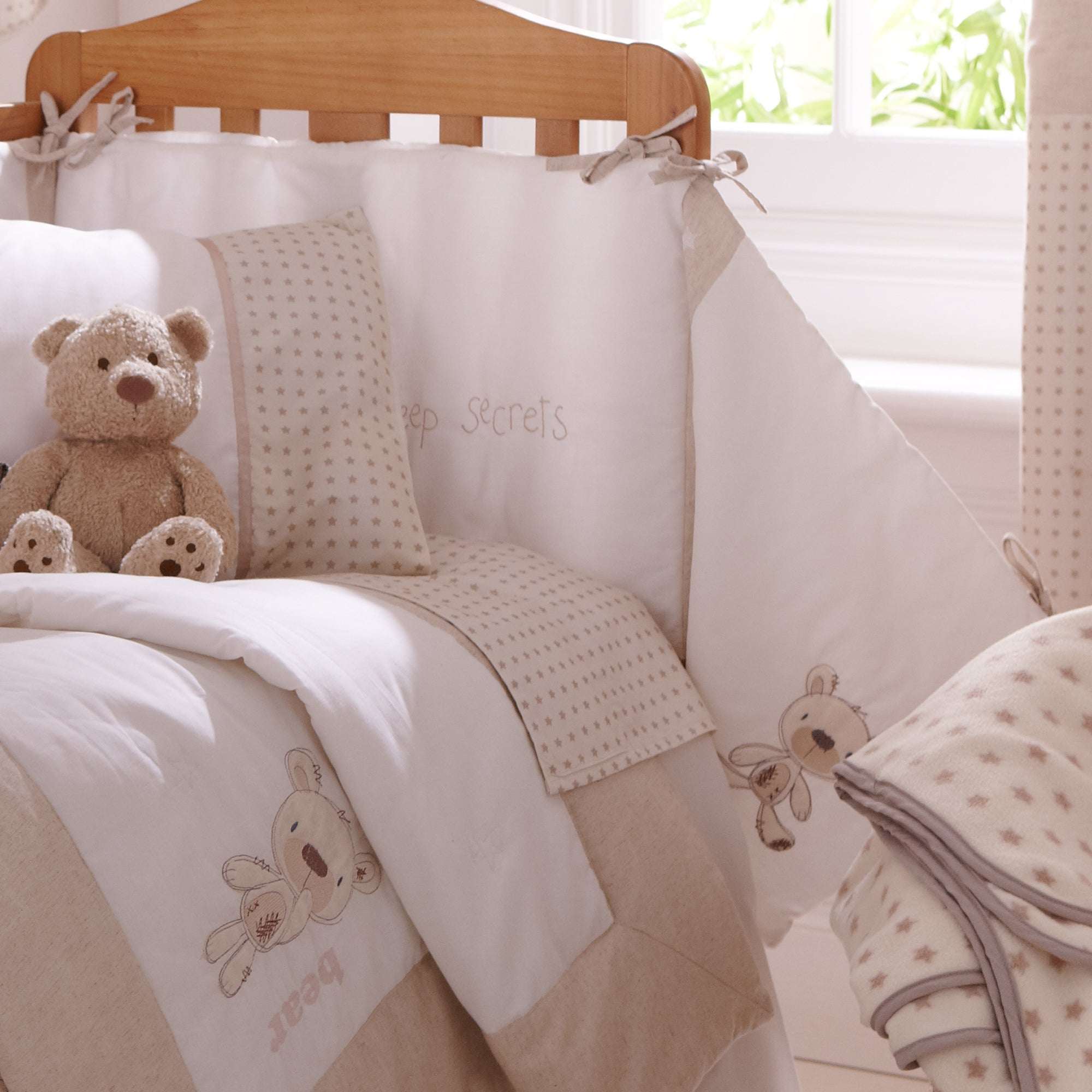 Bedtime Bear Collection Cot Bumper
