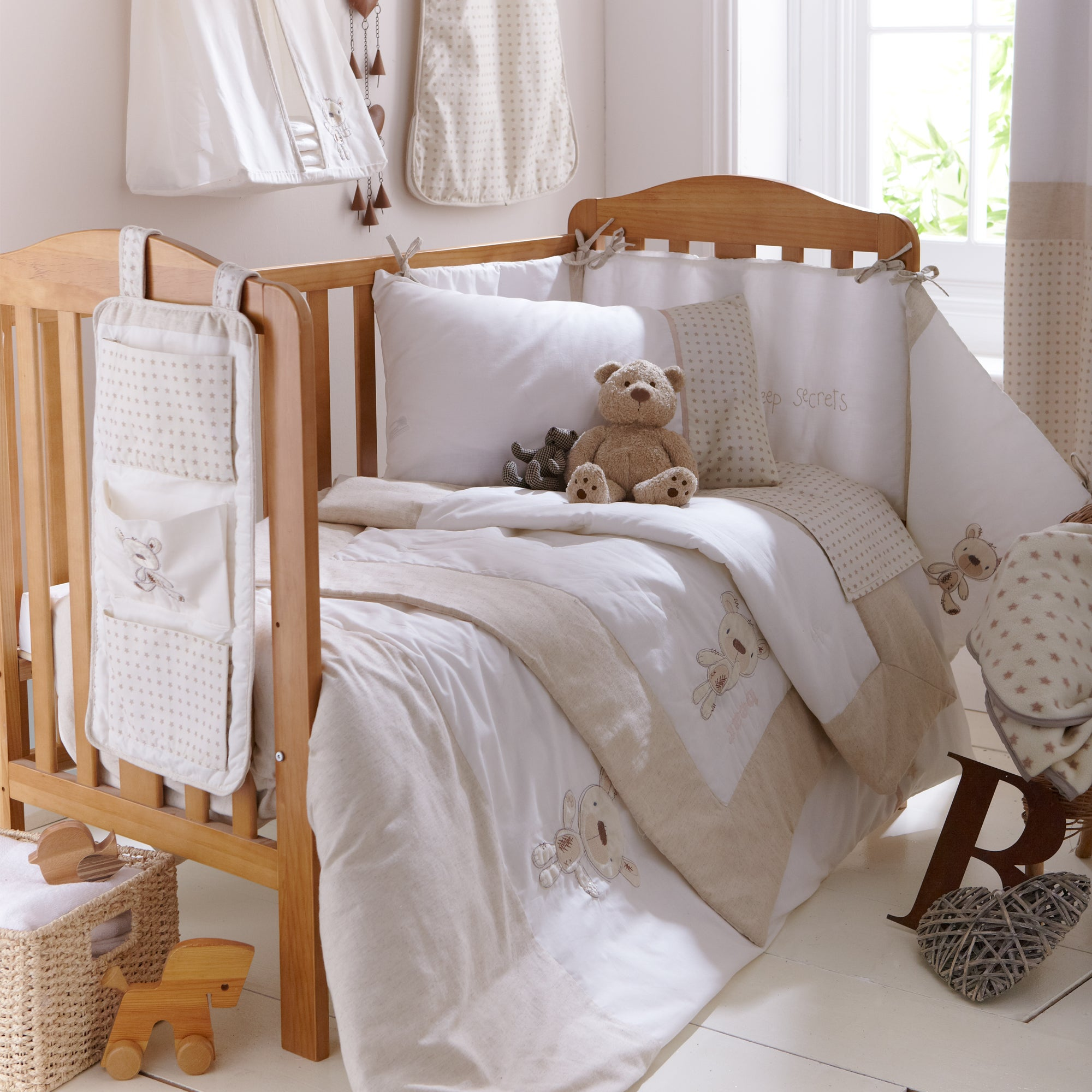 Kids Bedtime Bear Collection Cot Quilt