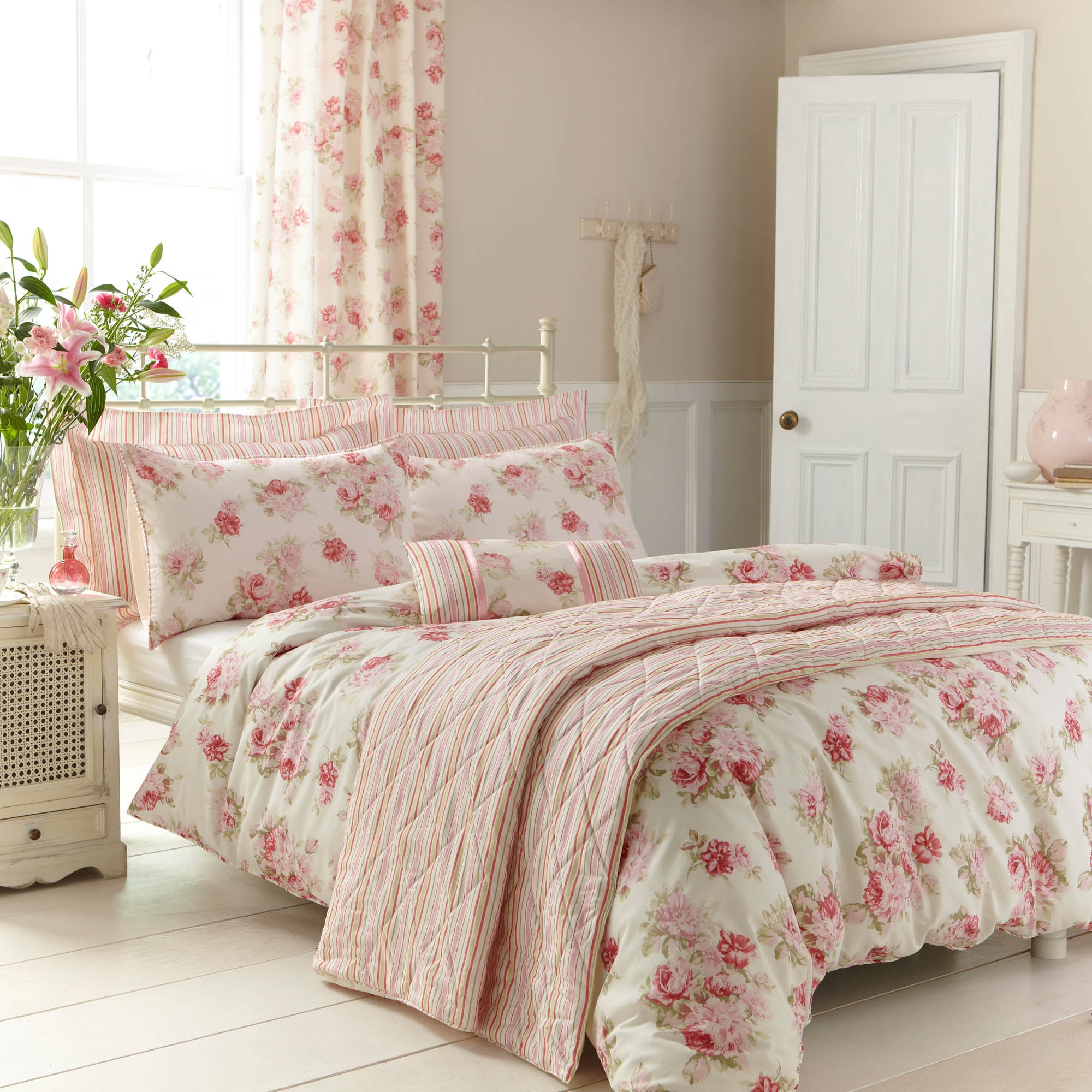 Pink Annabella Collection Duvet Cover Set