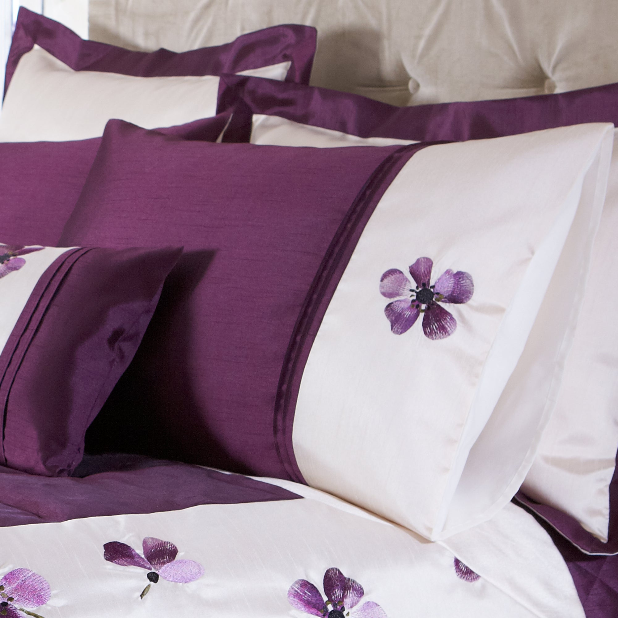 Plum Louisa Collection Housewife Pillowcase