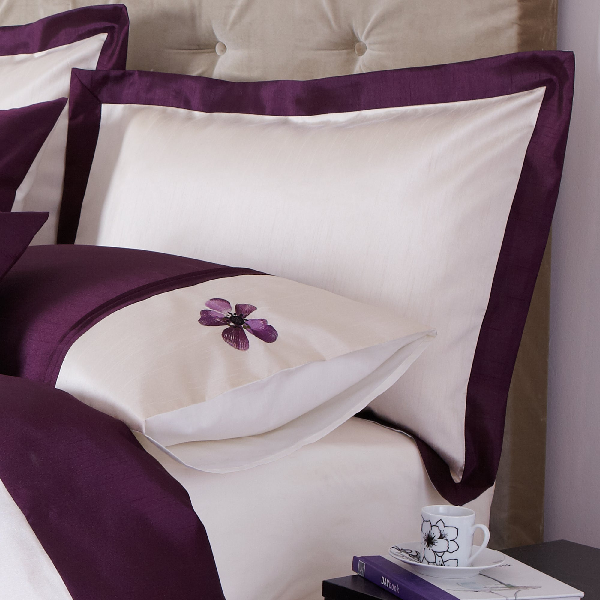 Plum Louisa Collection Oxford Pillowcase