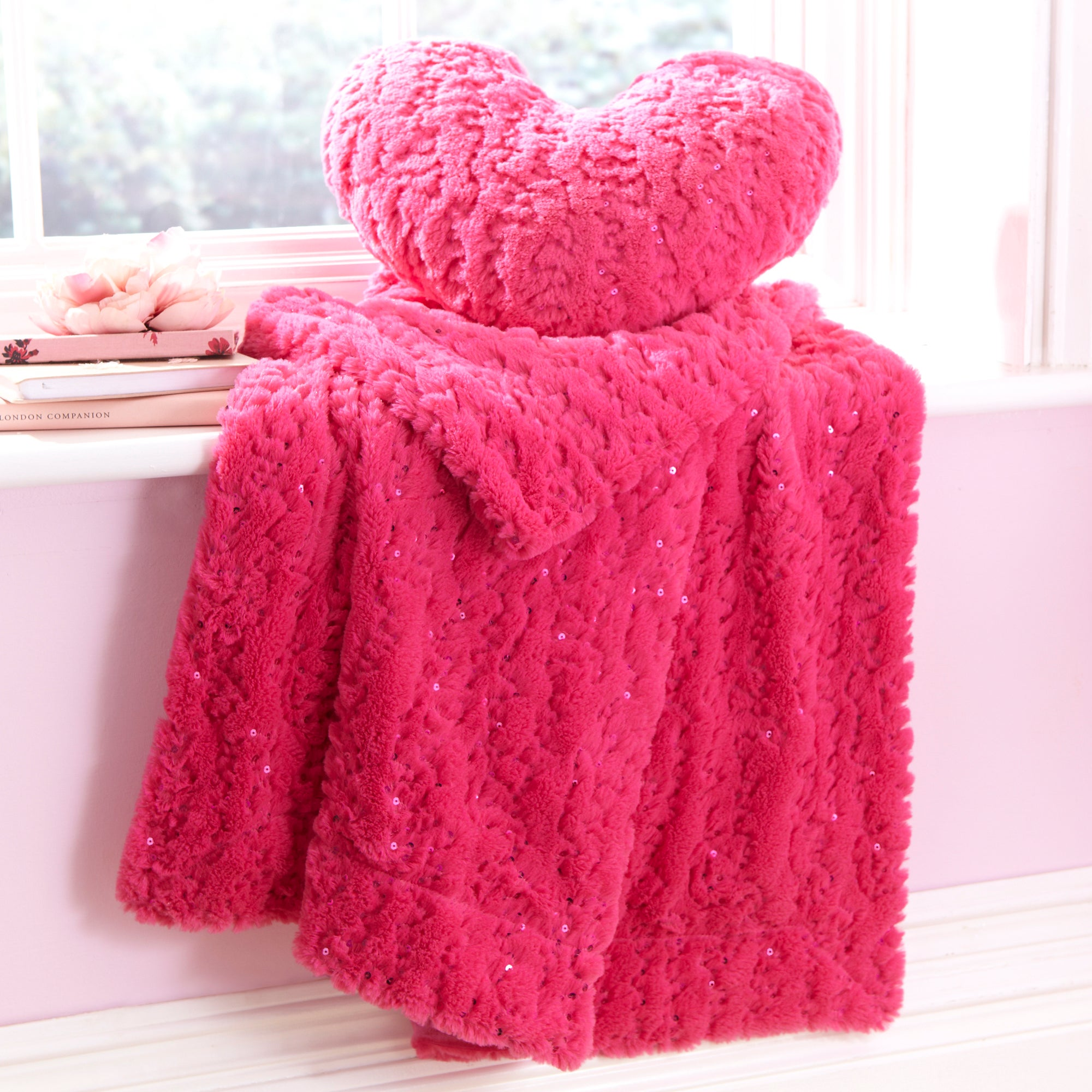 Fuchsia Sequin Fur Throw