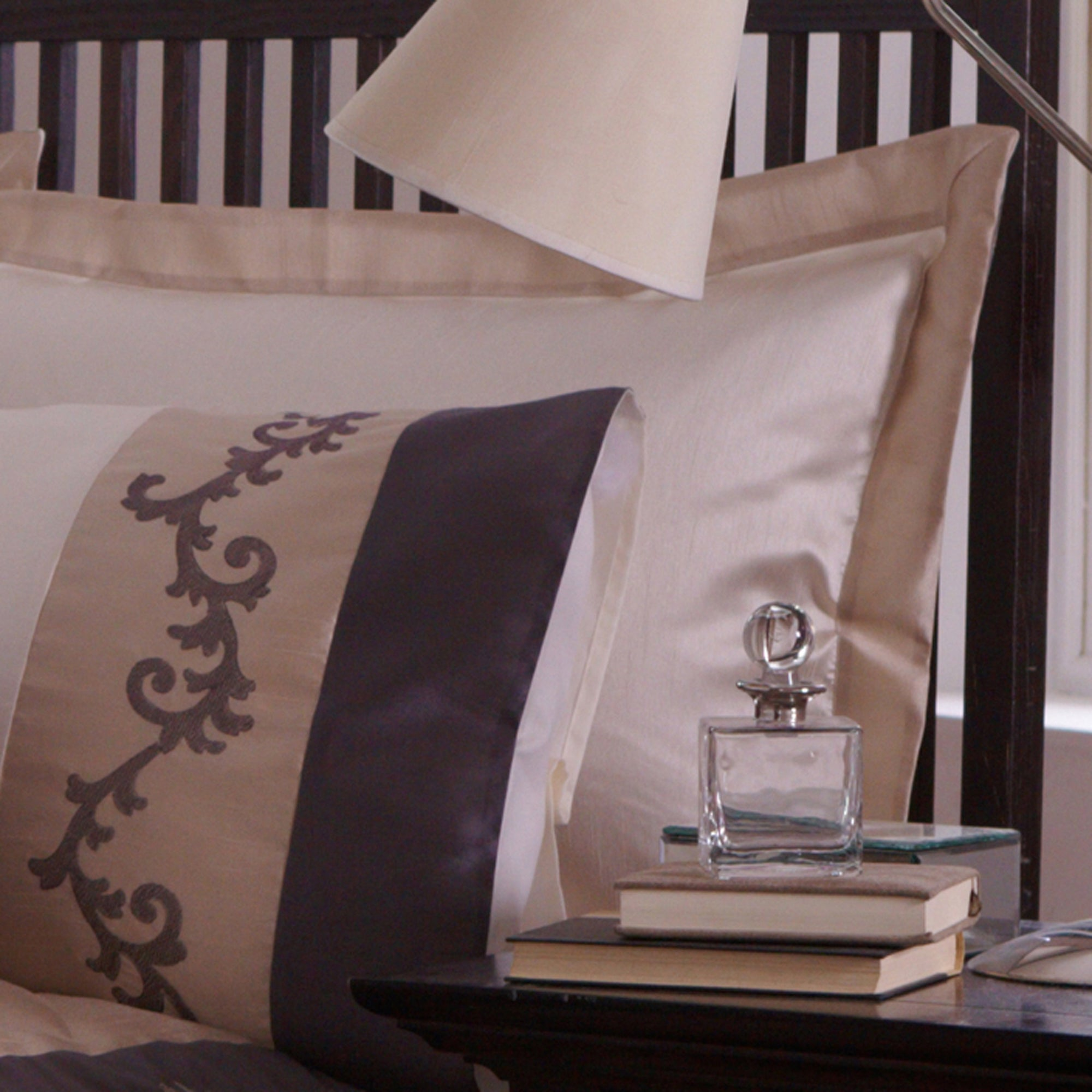Charcoal Tuscany Bedlinen Collection