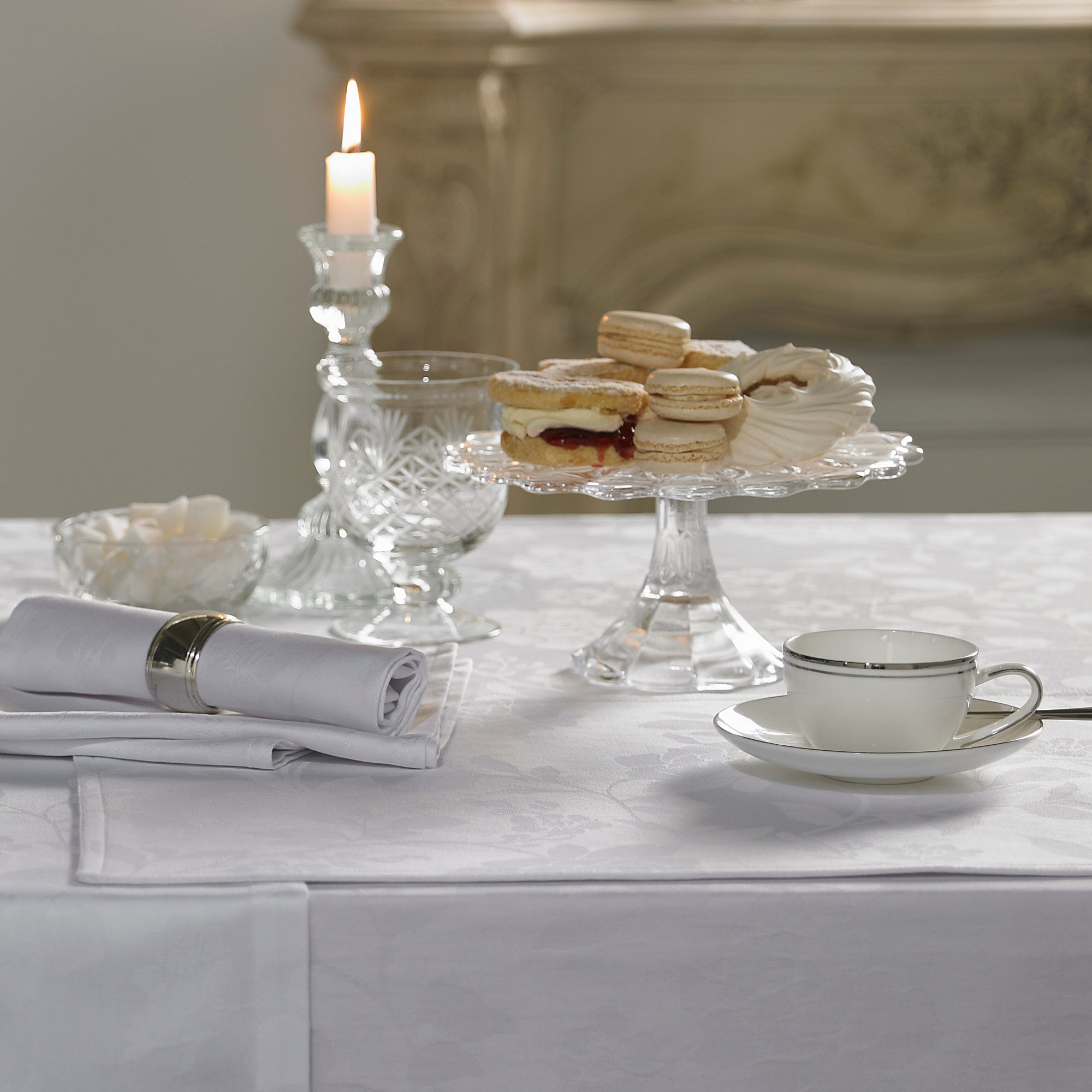 Dorma White Amelia Collection Placemat