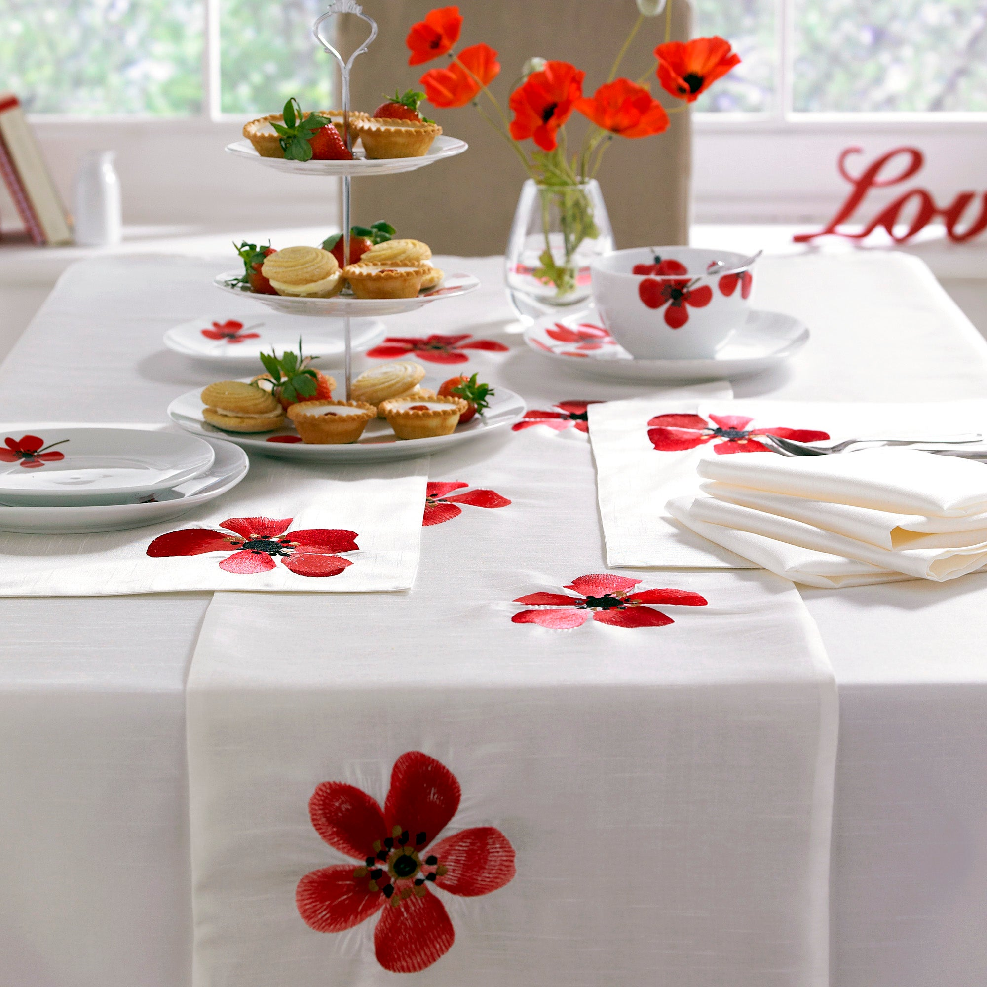 Red Painted Poppy Collection Runner