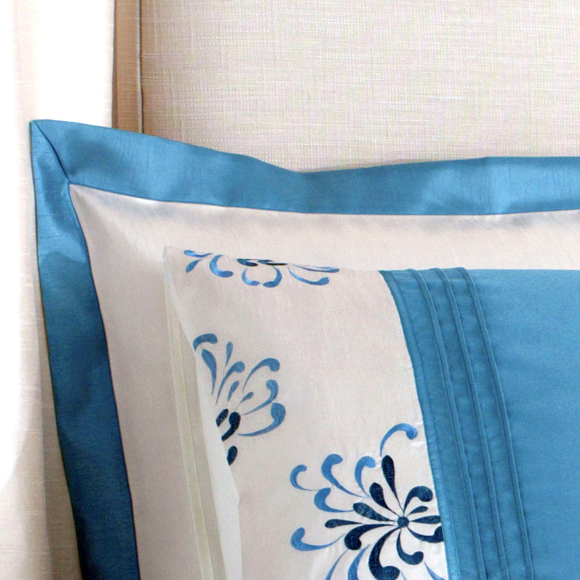 Teal Kiera Collection Oxford Pillowcase