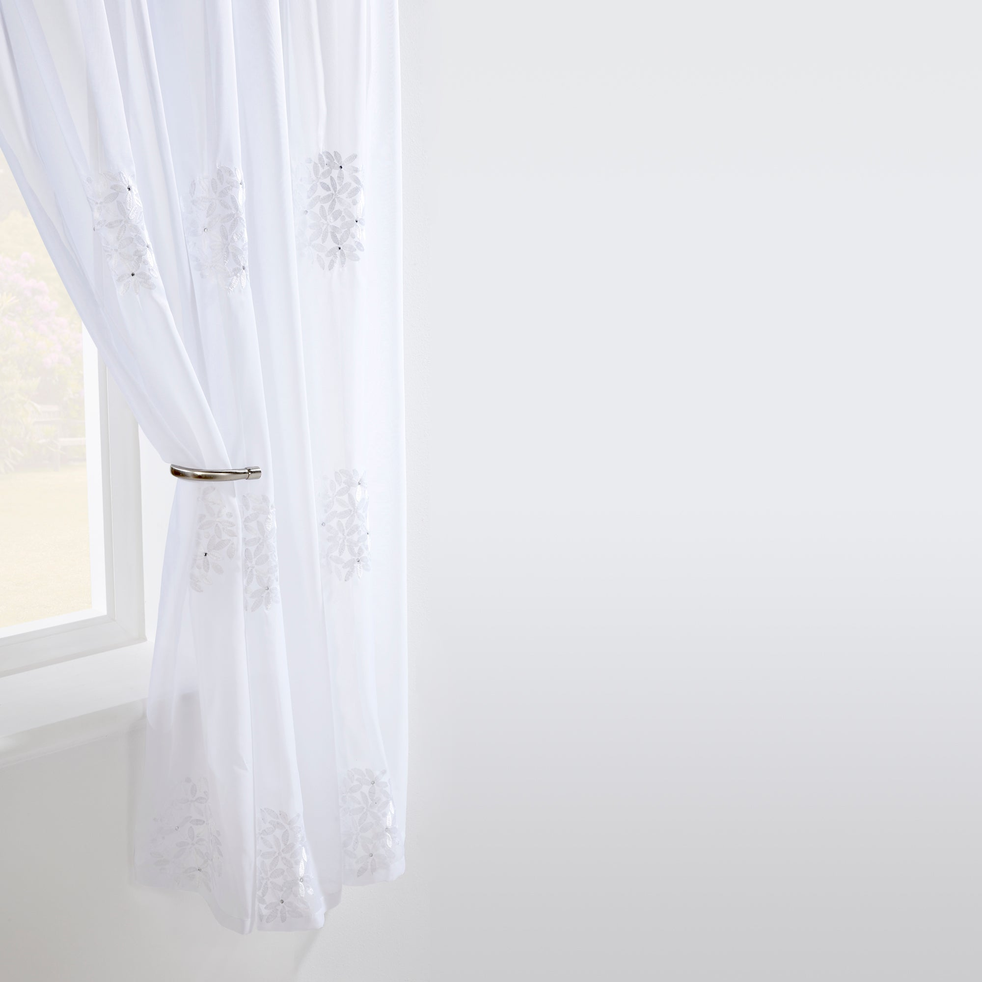 White Diamante Posy Voile Panel