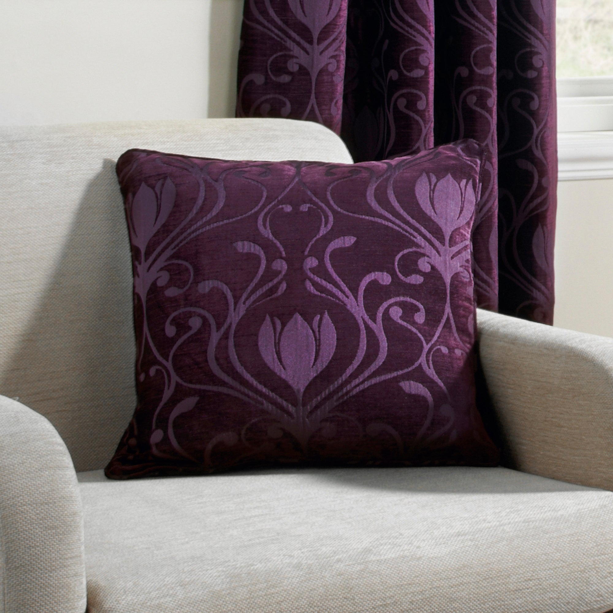 Aubergine Deco Collection Cushion