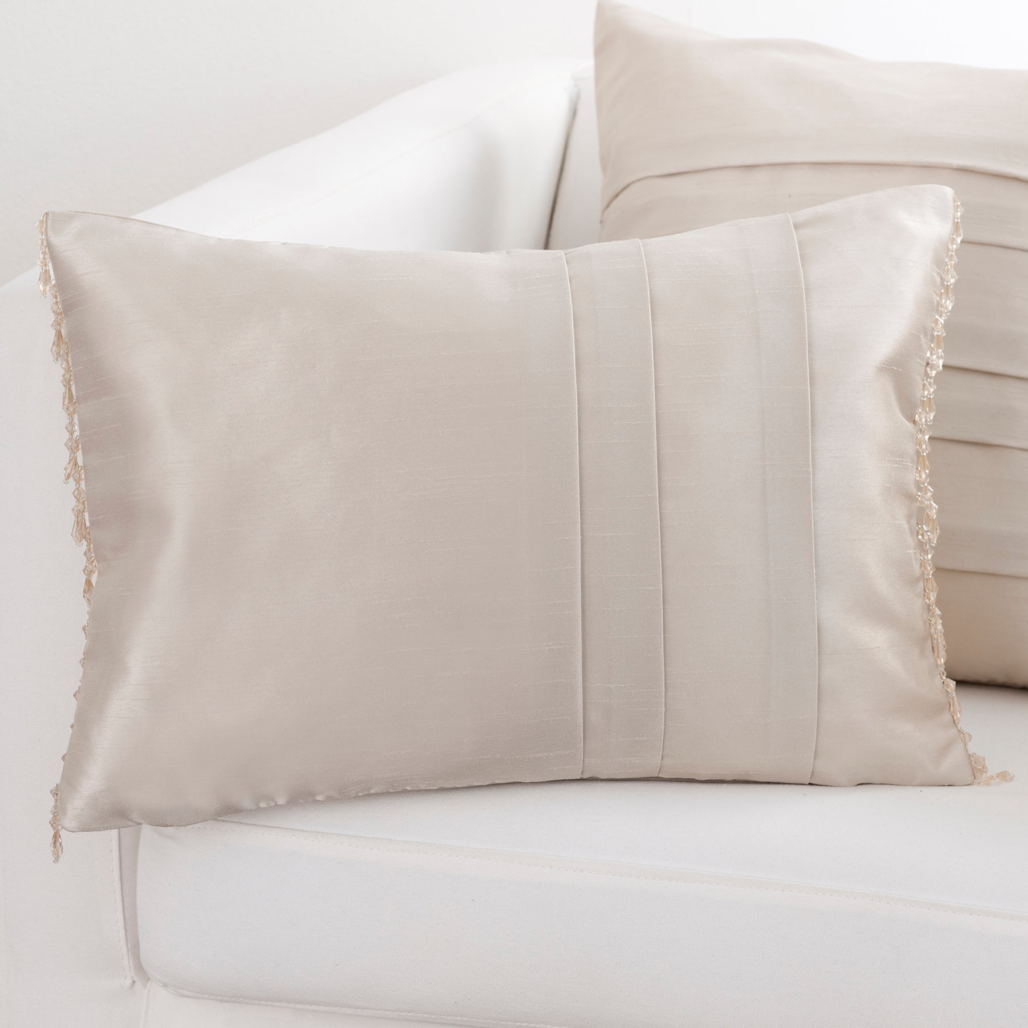 Hotel Oyster Pintuck Collection Boudoir Cushion