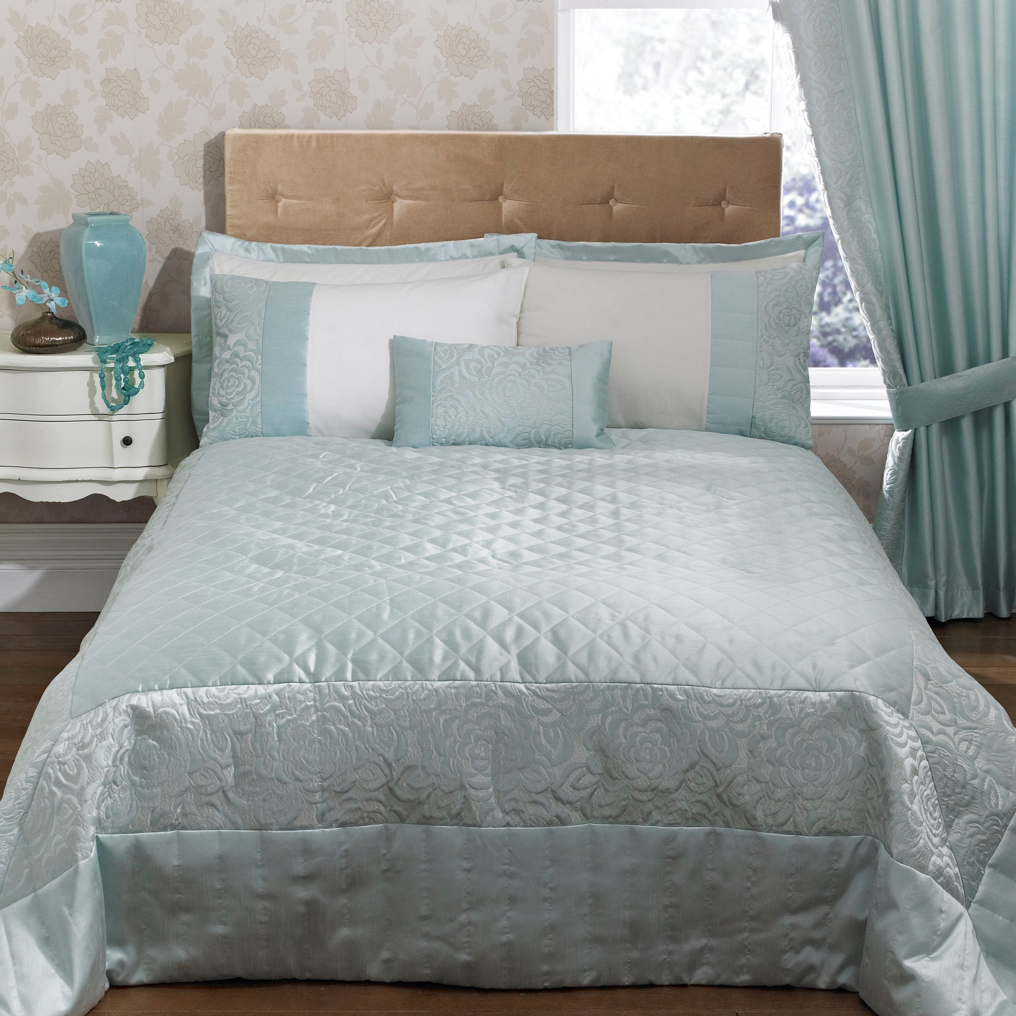 Duck Egg Elizabeth Collection Bedspread