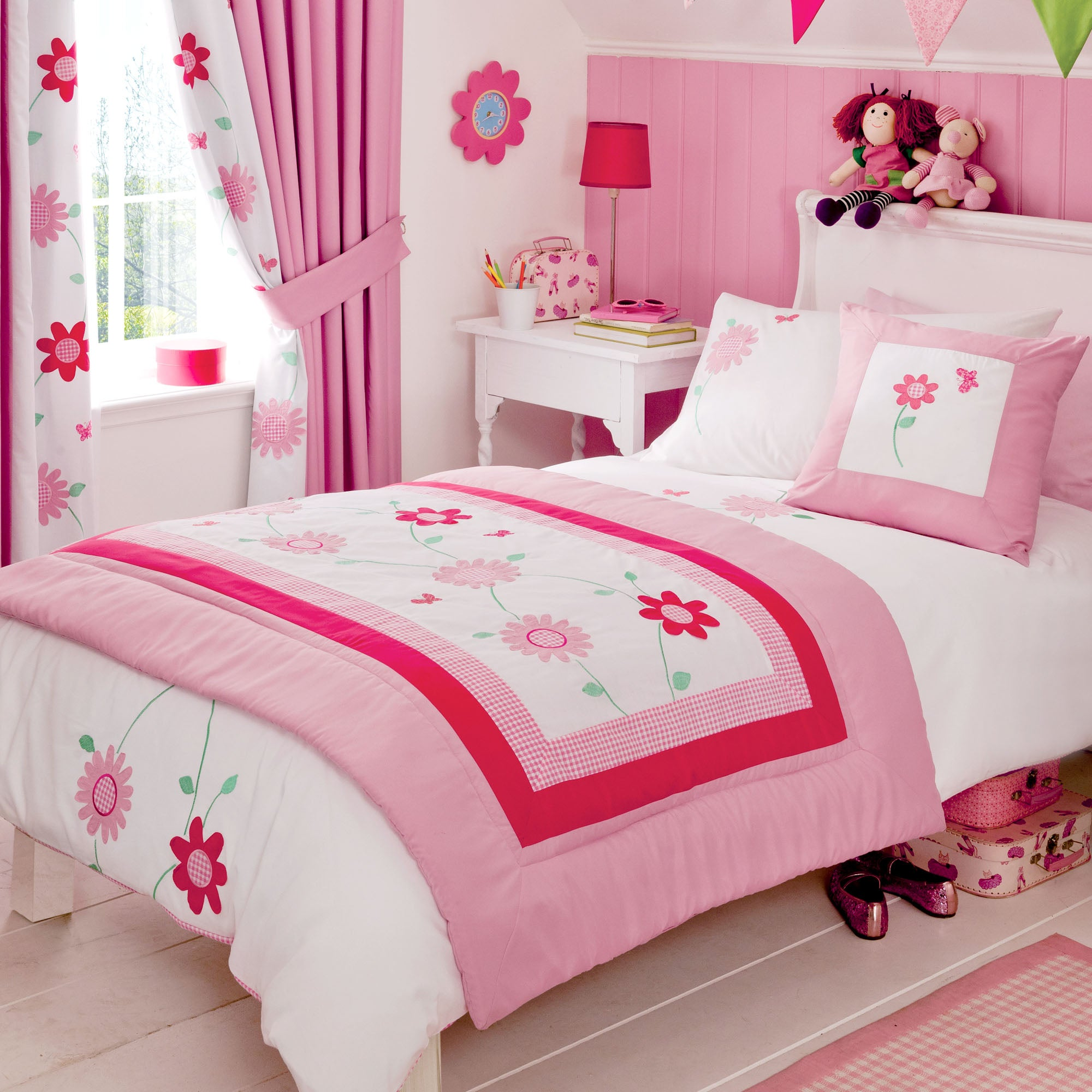 Kids Cerise Flower Garden Collection Throw