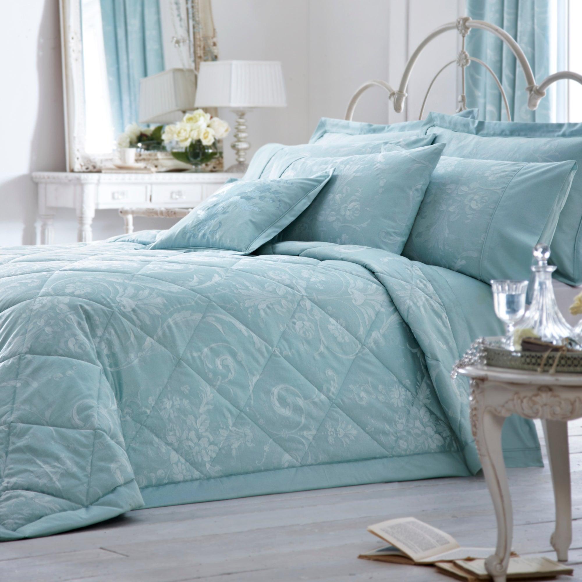 Cheap Dorma Paisley Bedding