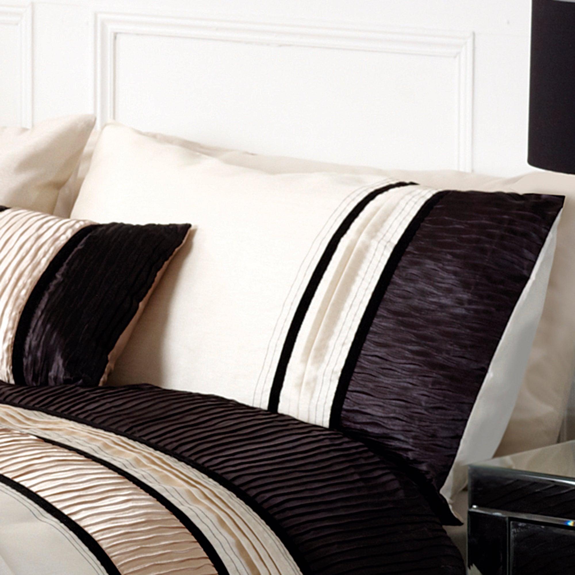 Black Manhattan Collection Housewife Pillowcase