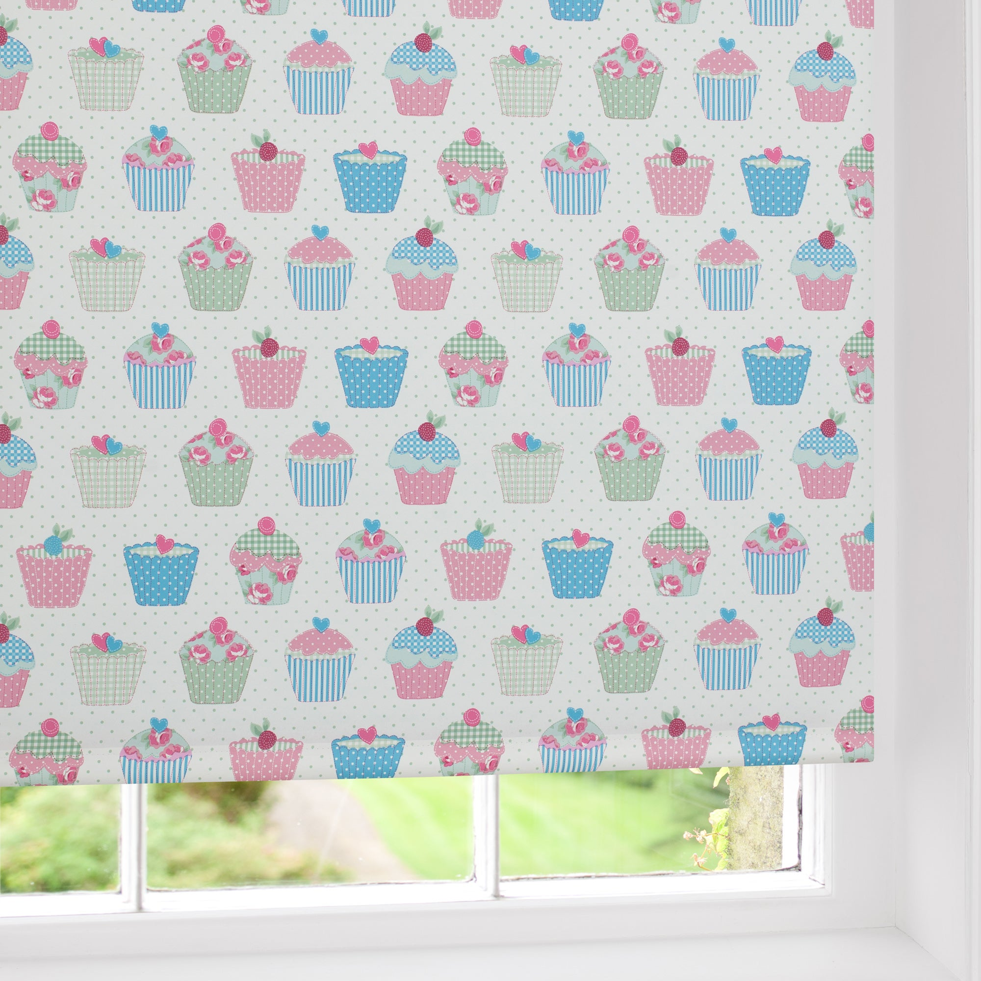 cupcakes blackout roller blind dunelm. Black Bedroom Furniture Sets. Home Design Ideas