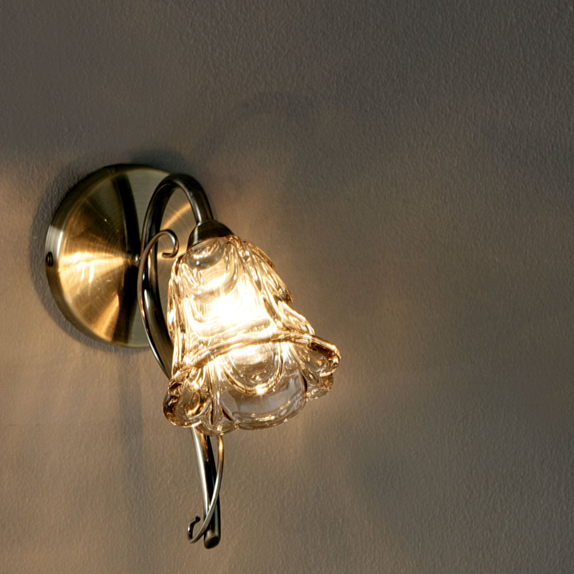 Amelia Wall Light