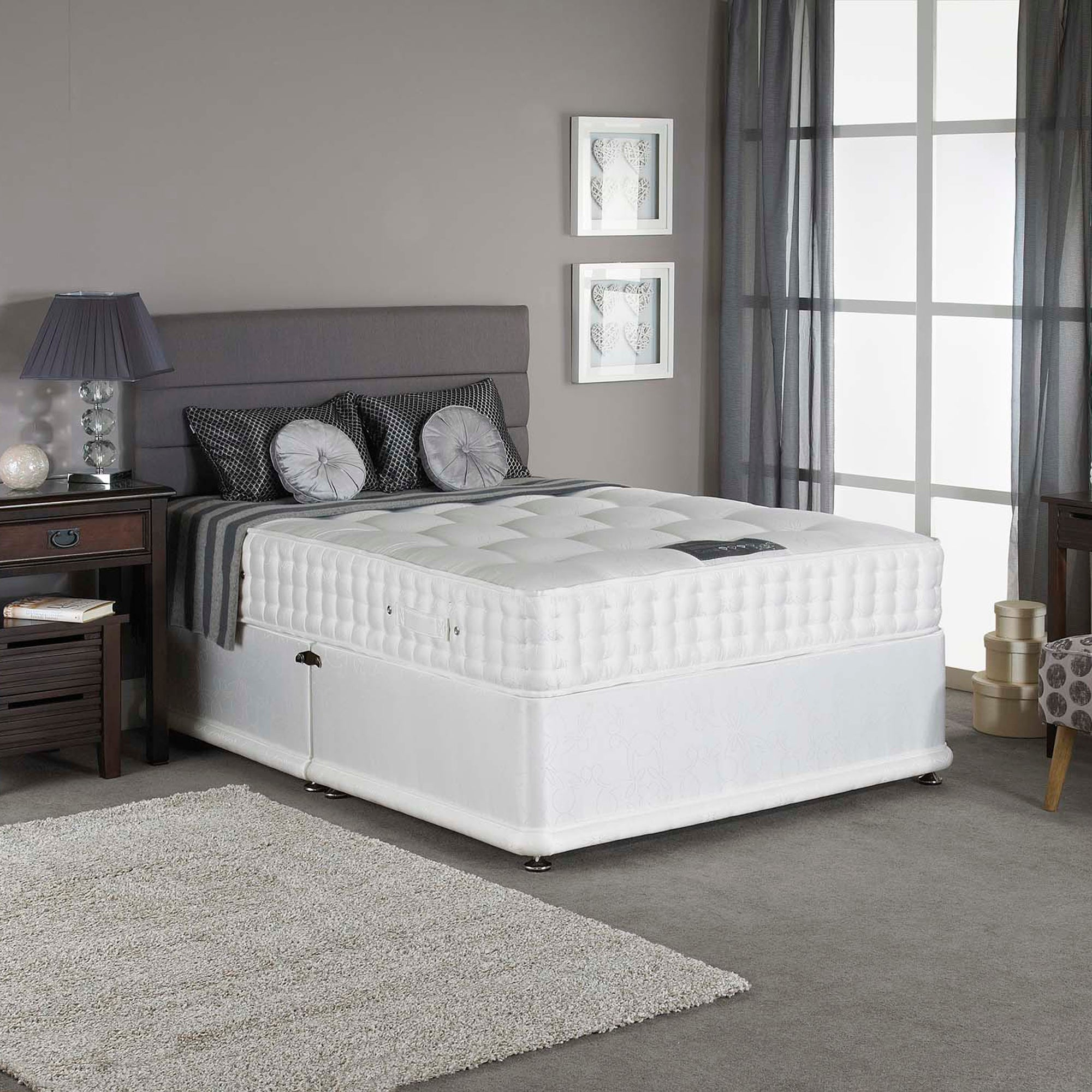 York Padded Divan Set with 2 Large and 2 Small Drawers