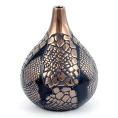Global Fusion Collection Snake Effect Vase
