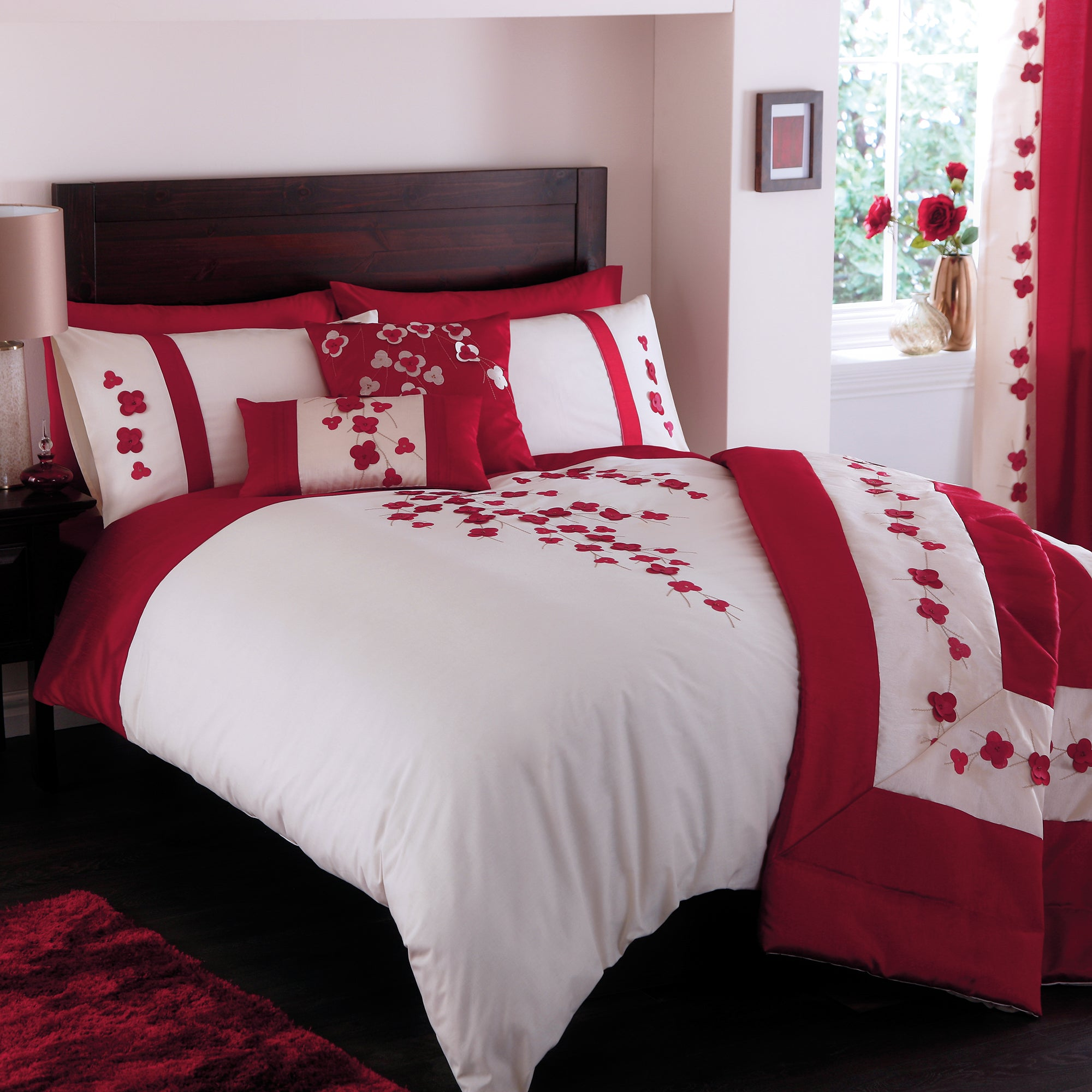 Red Blossom Trail Collection Duvet Cover