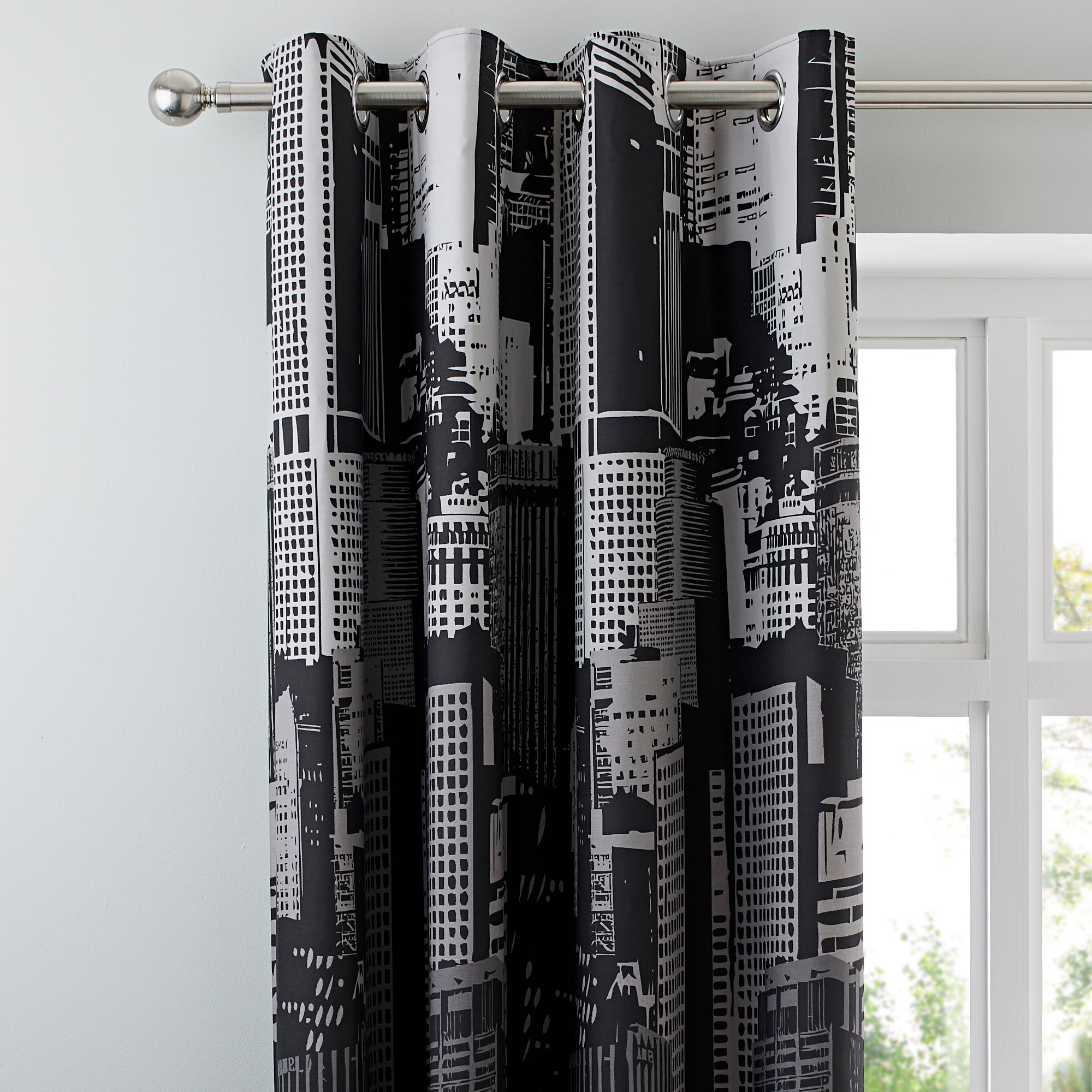 City Scene Thermal Eyelet Curtains