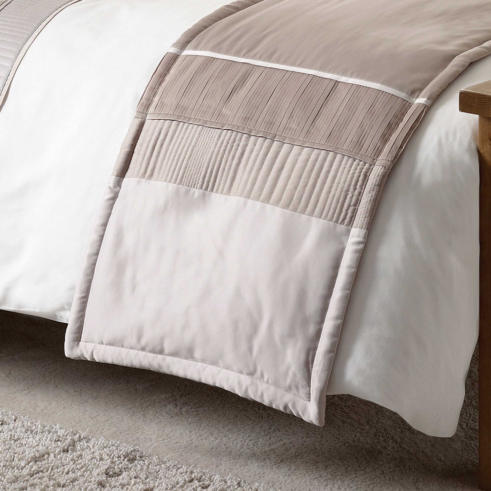 Latte Clermont Collection Bed Runner