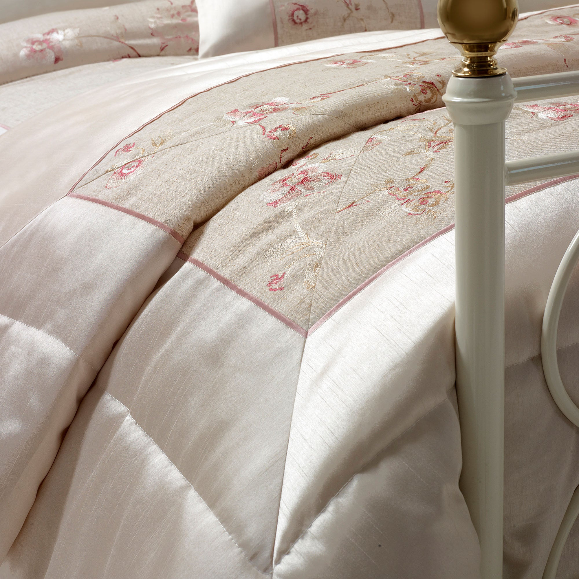 Ivory Gracie Collection Bedspread