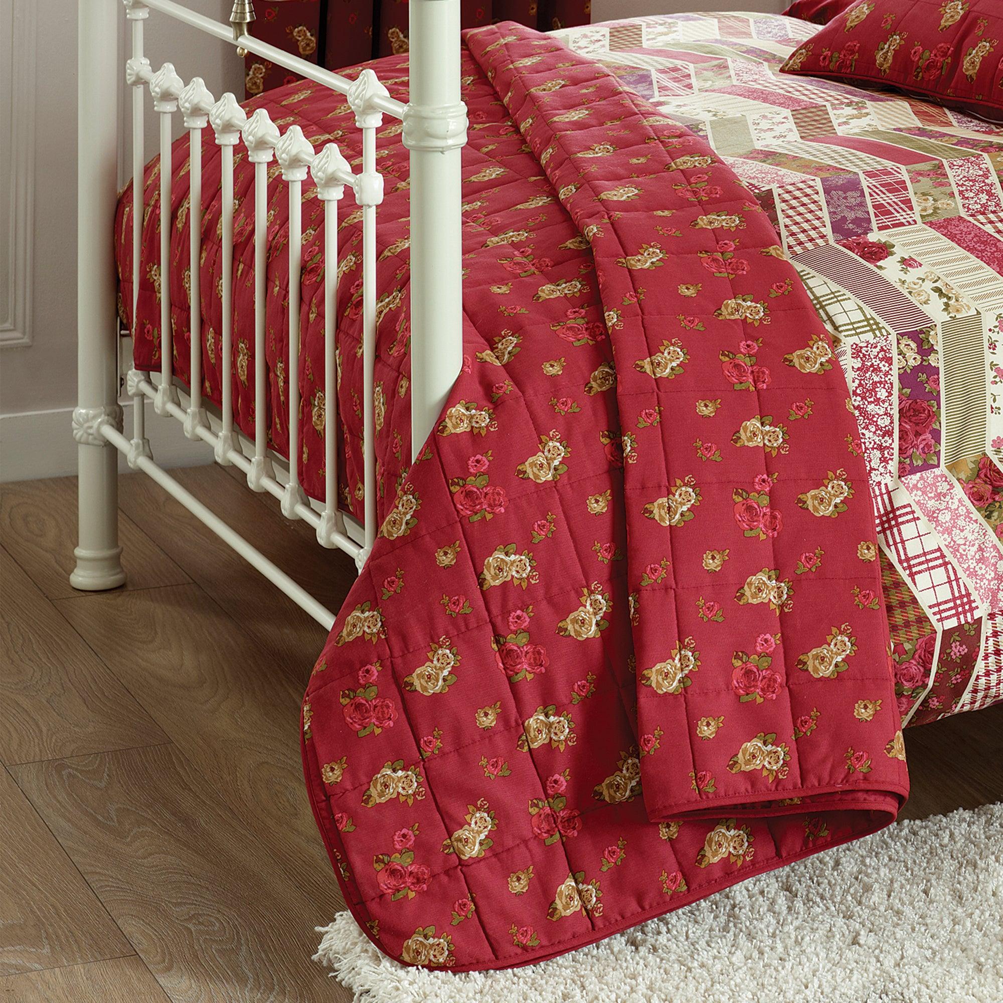 Red Herringbone Patchwork Collection Bedspread
