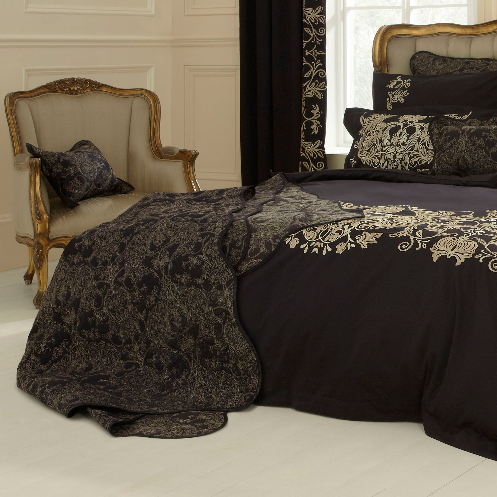 Dorma Black Mayfair Collection Throw