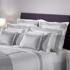 Champagne Hotel Hampton Collection Continental Pillowcase