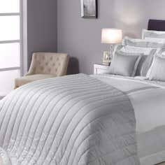 Champagne Hotel Hampton Collection Bedspread
