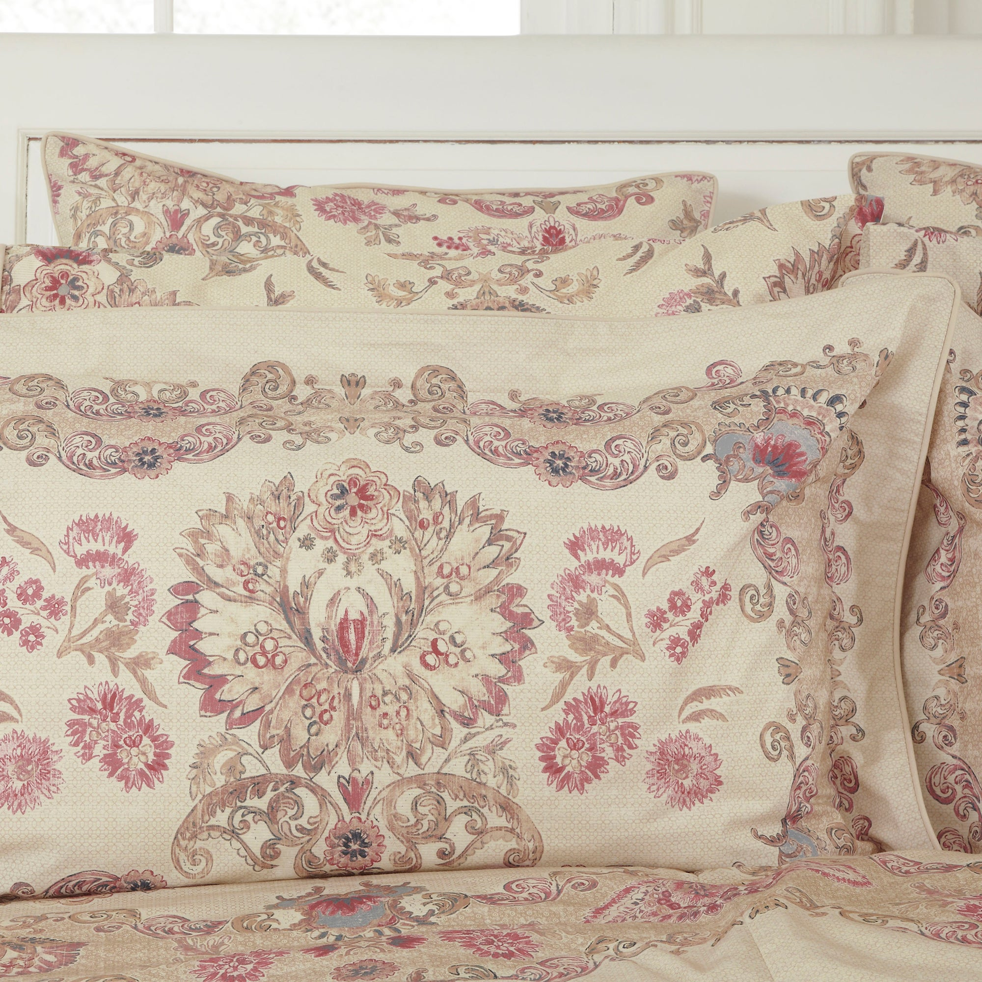 Dorma Plum Marseille Collection Oxford Pillowcase