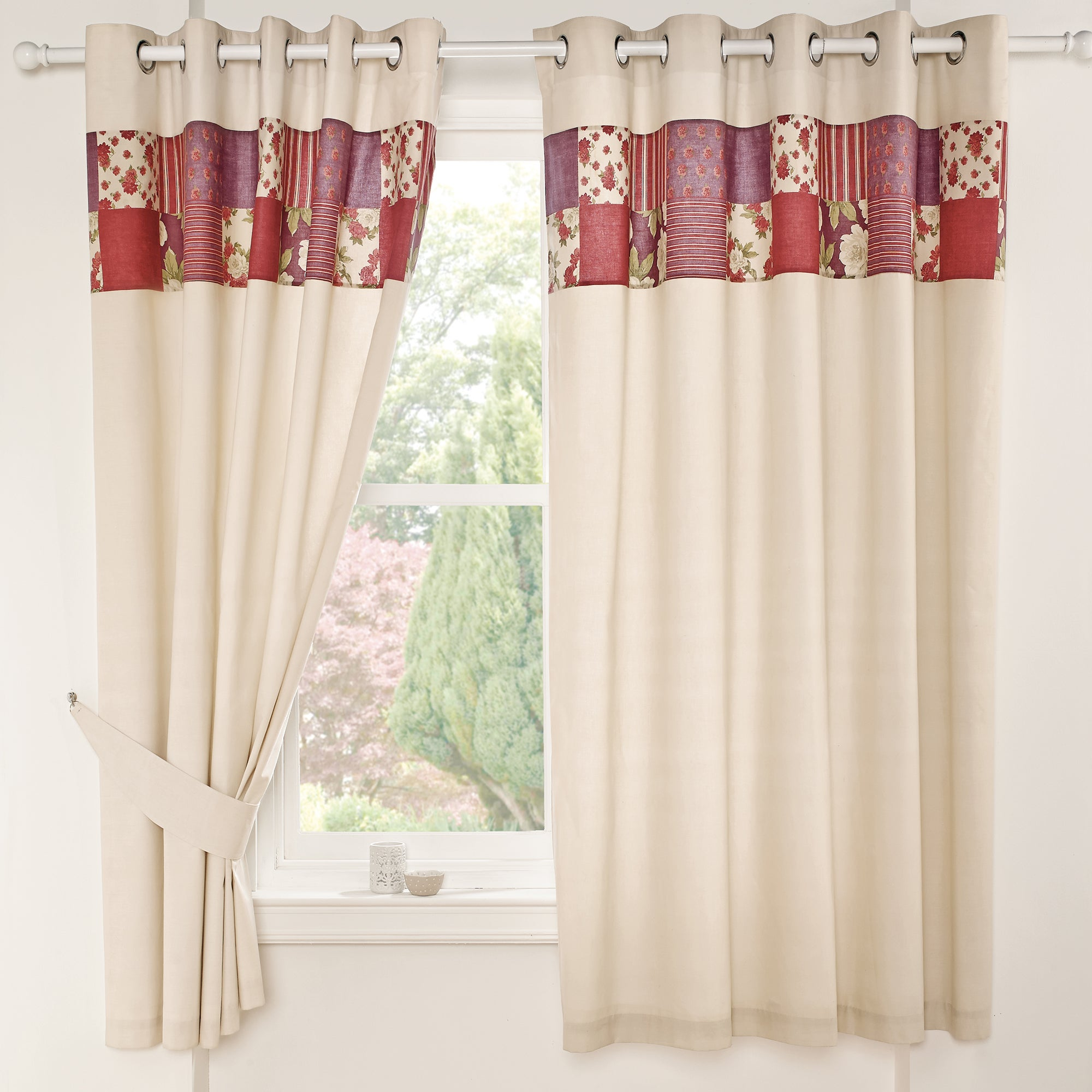 Rose Aurelia Thermal Eyelet Curtains