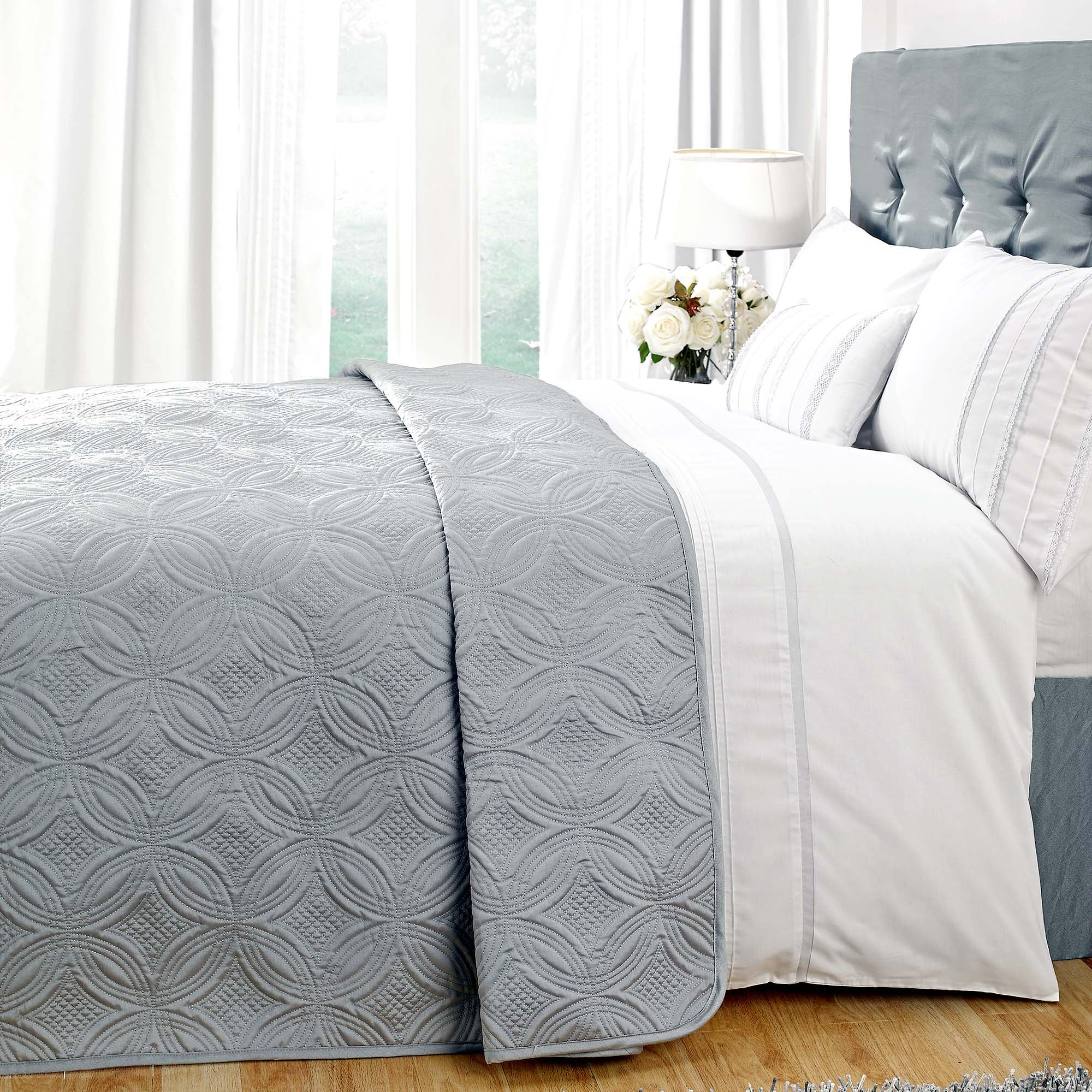 White Evangeline Collection Grey Bedspread