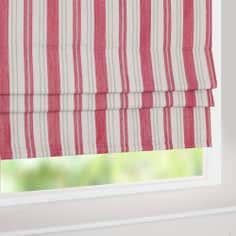 roman blinds quality blackout roman blinds for your home. Black Bedroom Furniture Sets. Home Design Ideas