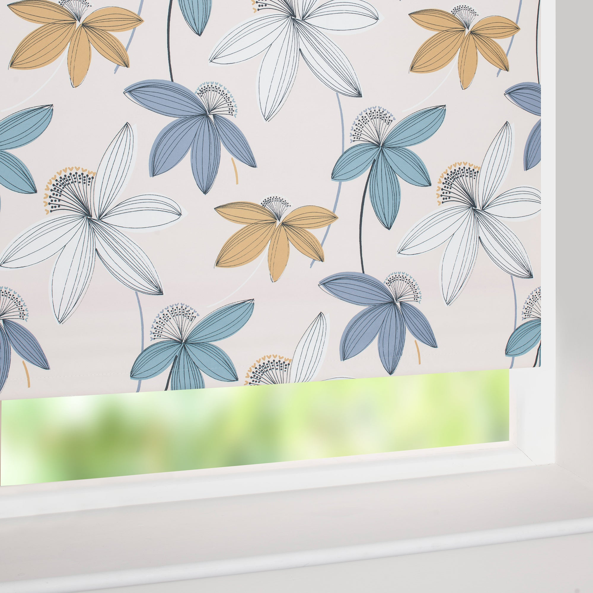 Romolo Blackout Roller Blind