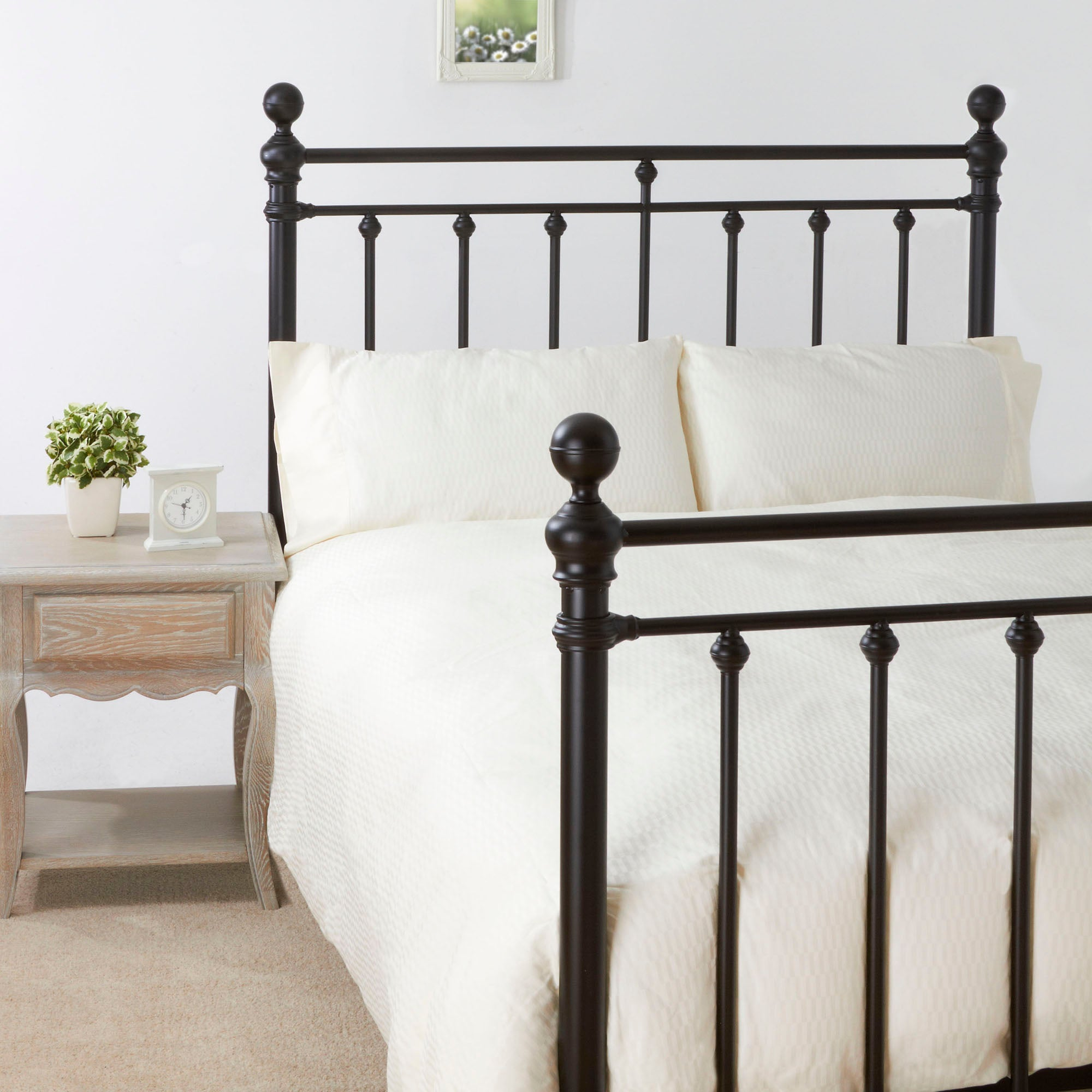 Hannah Black Double Bedstead
