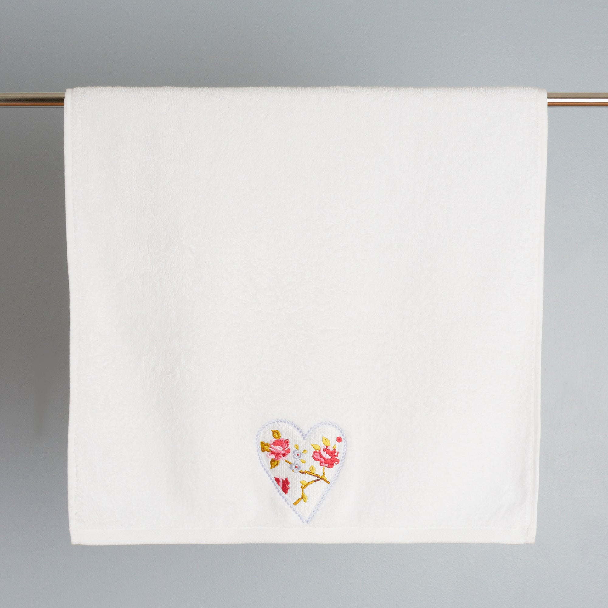 Rose and Ellis Appleby Collection Hand Towel