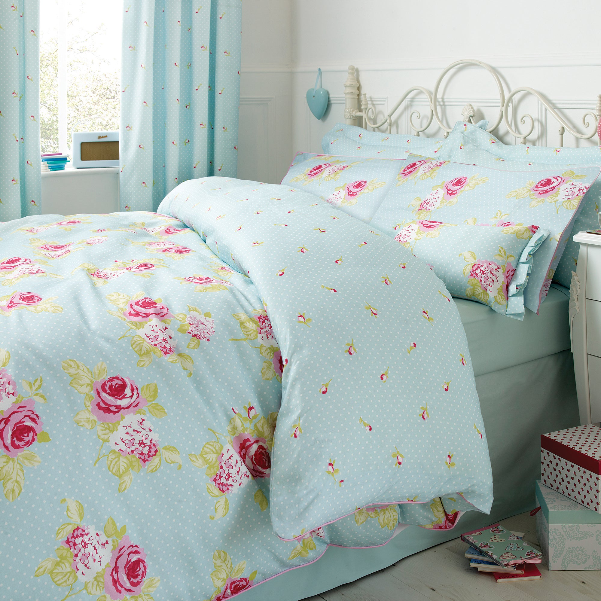 Rose and Ellis Clarendon Collection Duvet Cover Set